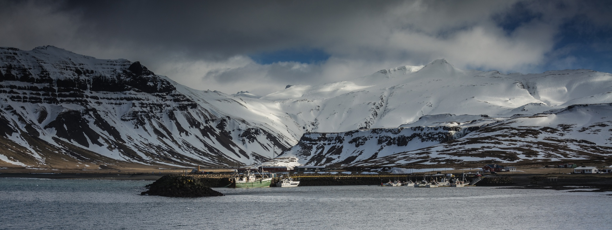 Safe Harbour in the cold by Poetsoftheheart