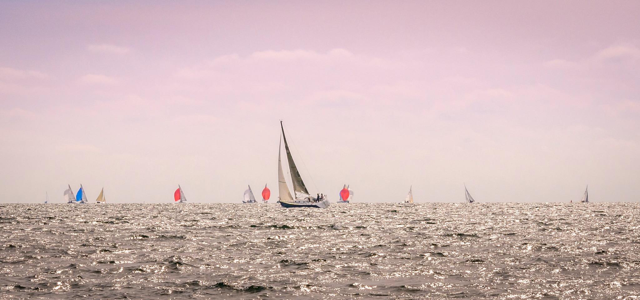 Sailing at Bénodet by Richard Poole