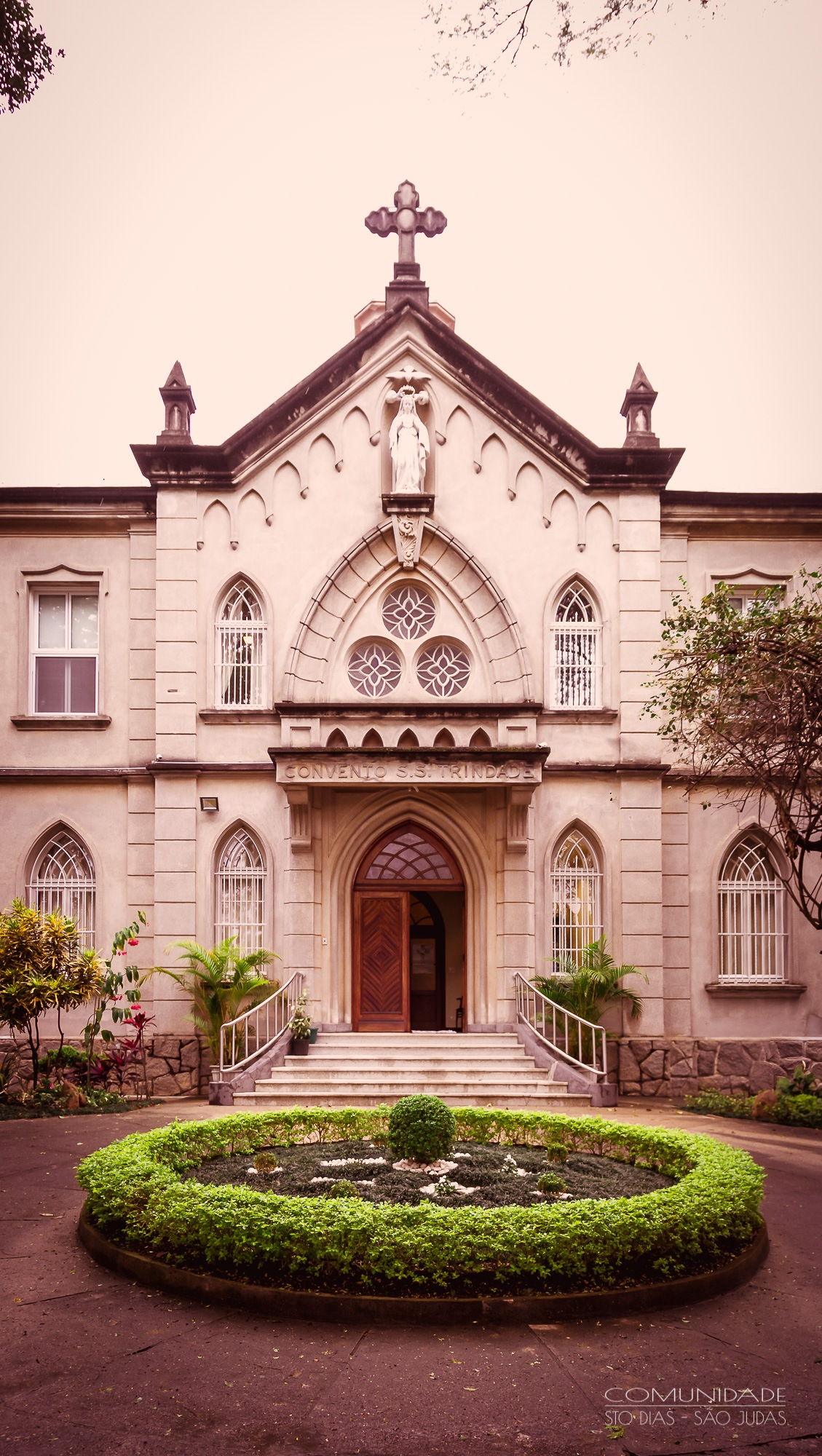 Convento Santíssima Trindade by Adimildo Martinho