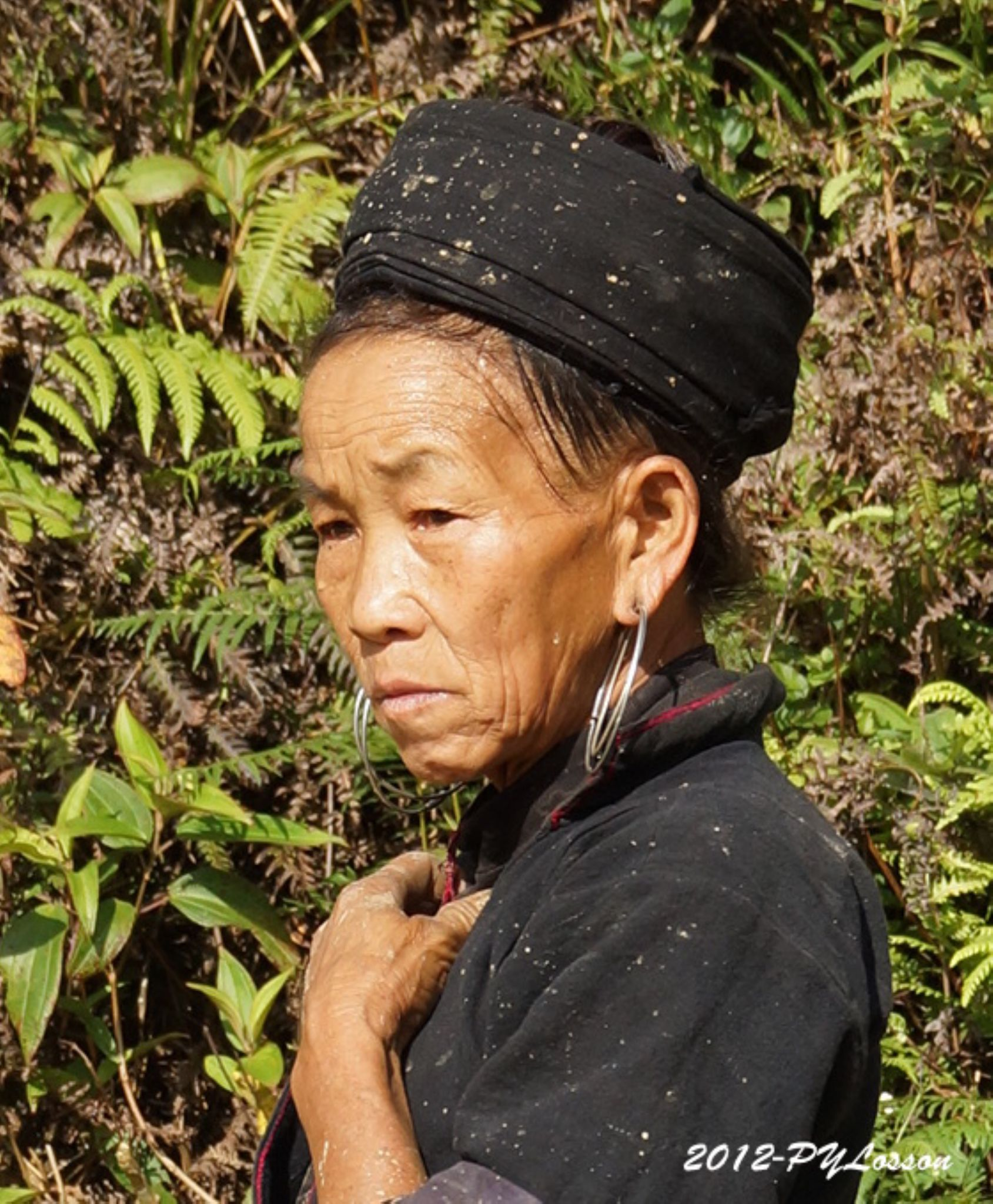 Woman from North Vietnam by Pierre-Yves Losson