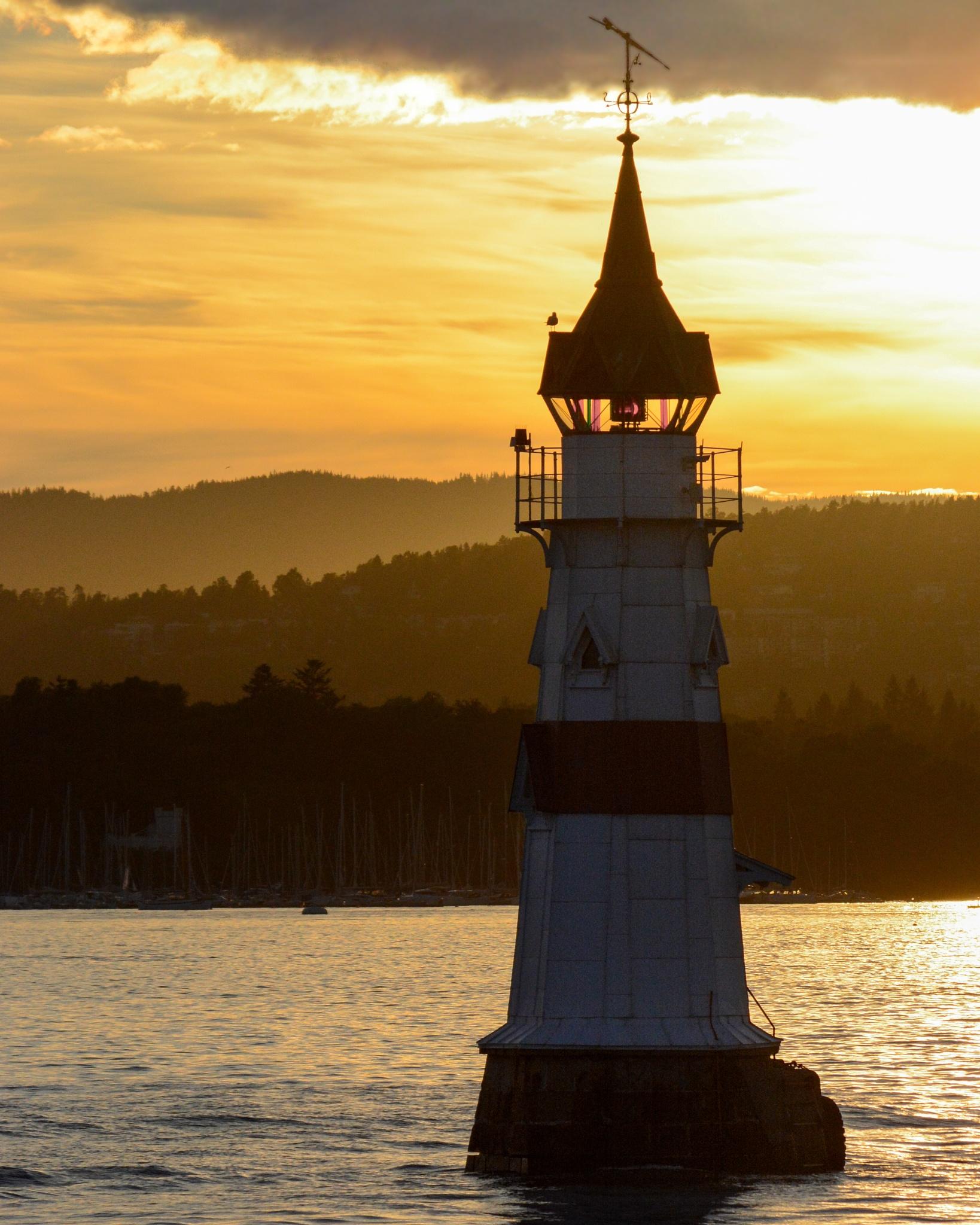 Lighthouse with layers by Oskar Olafsson