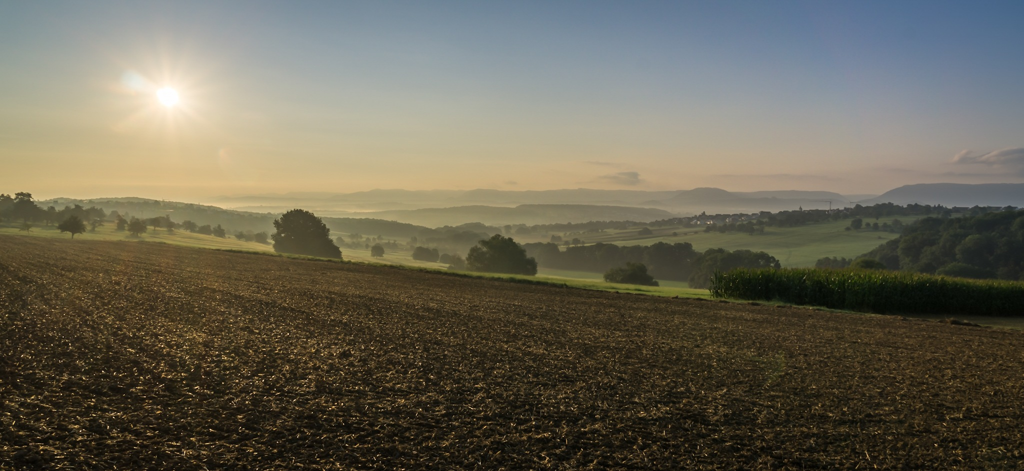 Early morning light  by Waljakov