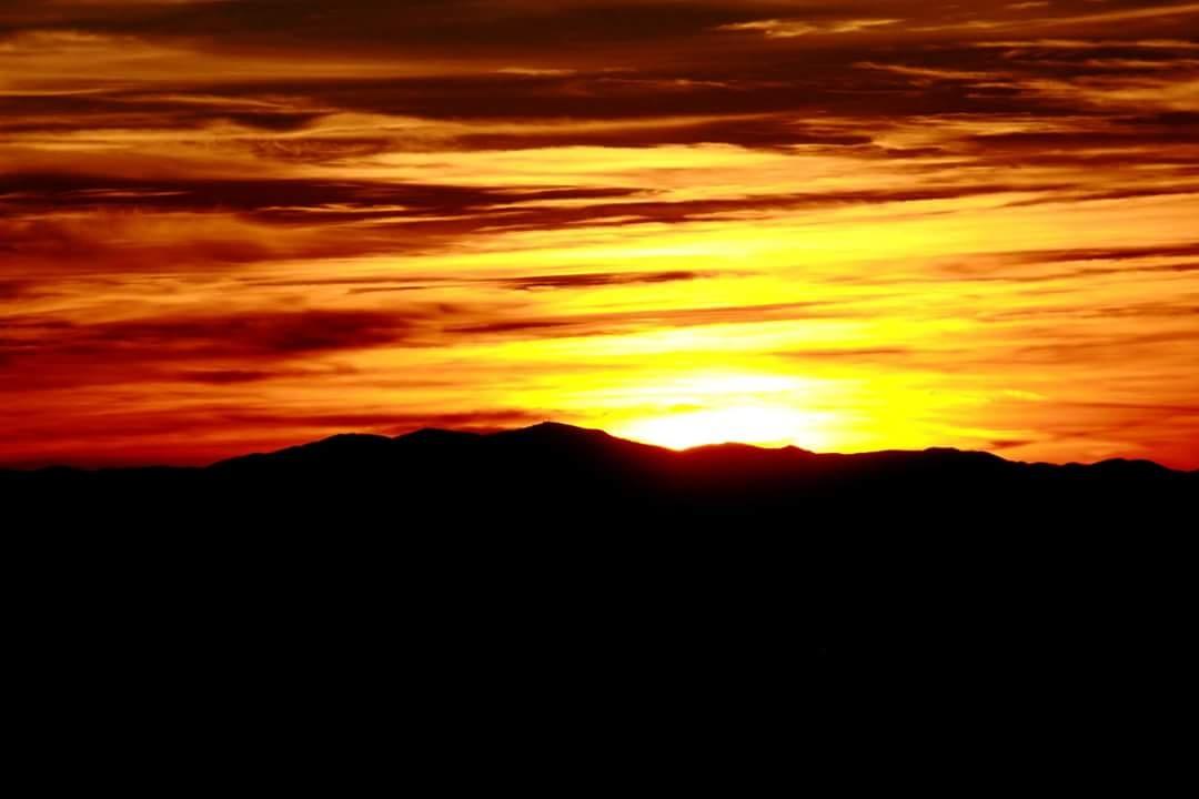 Arizona sunset by Chade Woodard