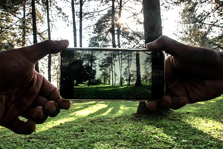 Smartphone by Andi Nugroho Pambudi
