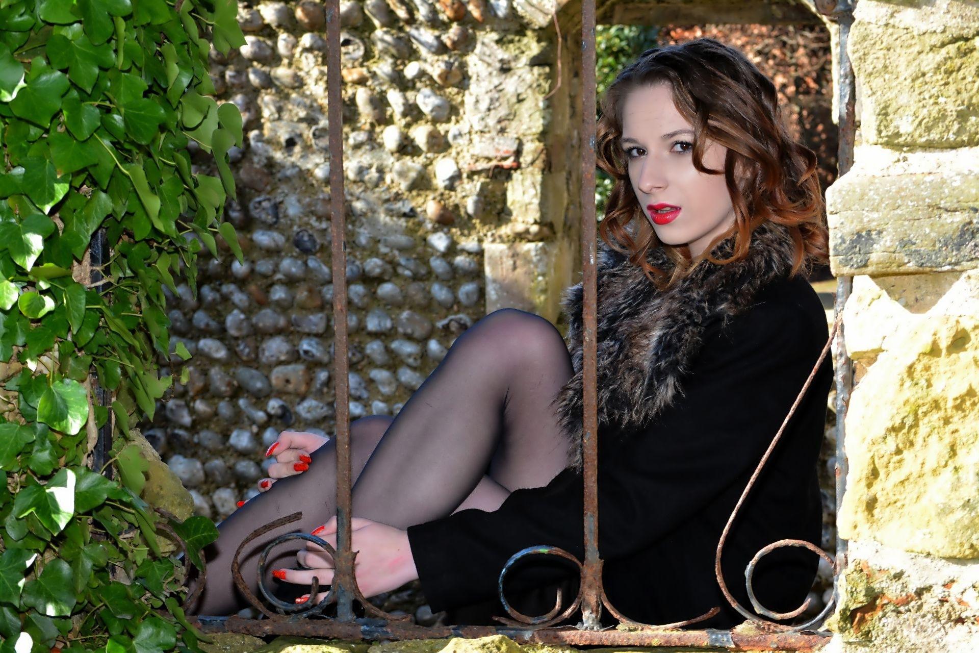 Beauty behind bars.... by ianstandivan