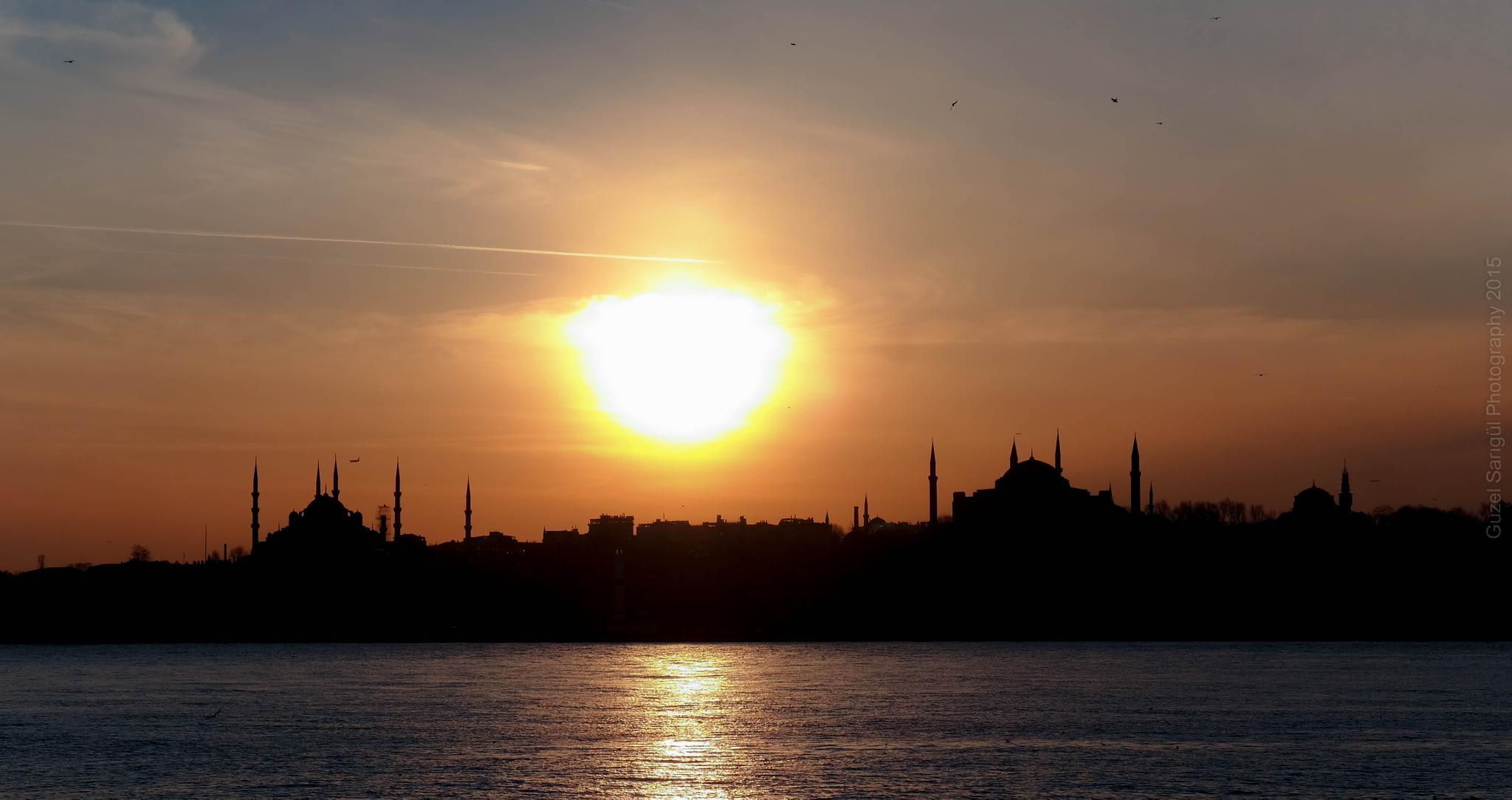 Silhouethe... İstanbul by Guzel Sarigul
