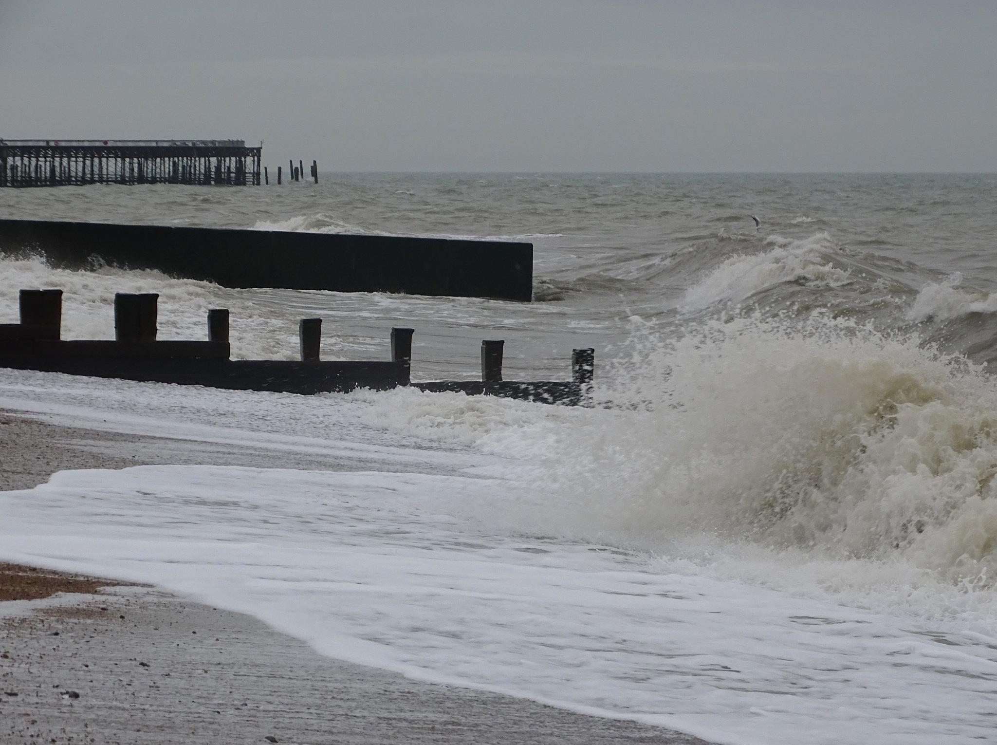 Waves at Hastings. by kayThornton