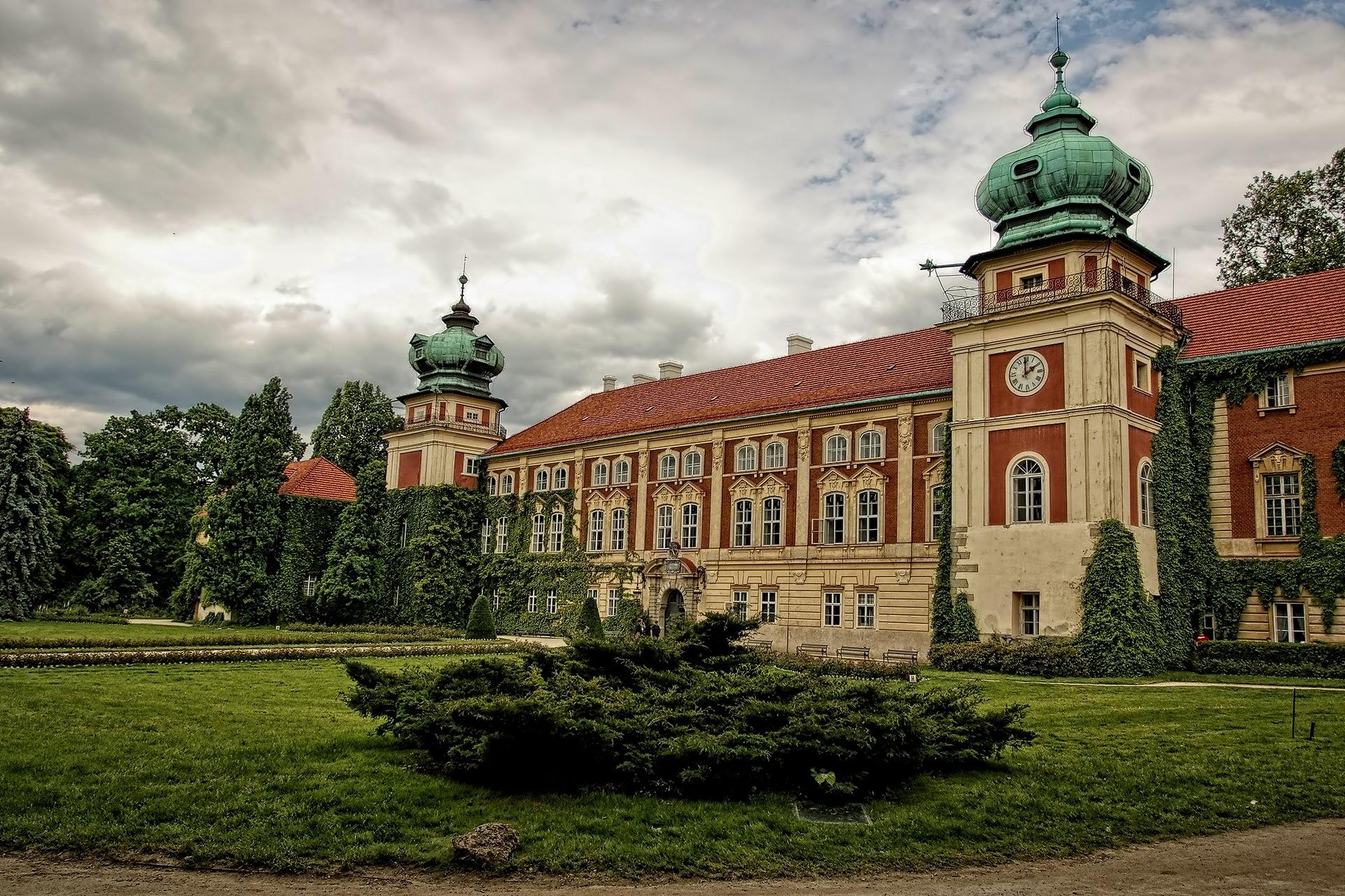 Łańcut Castle by Grzegorz Morawski