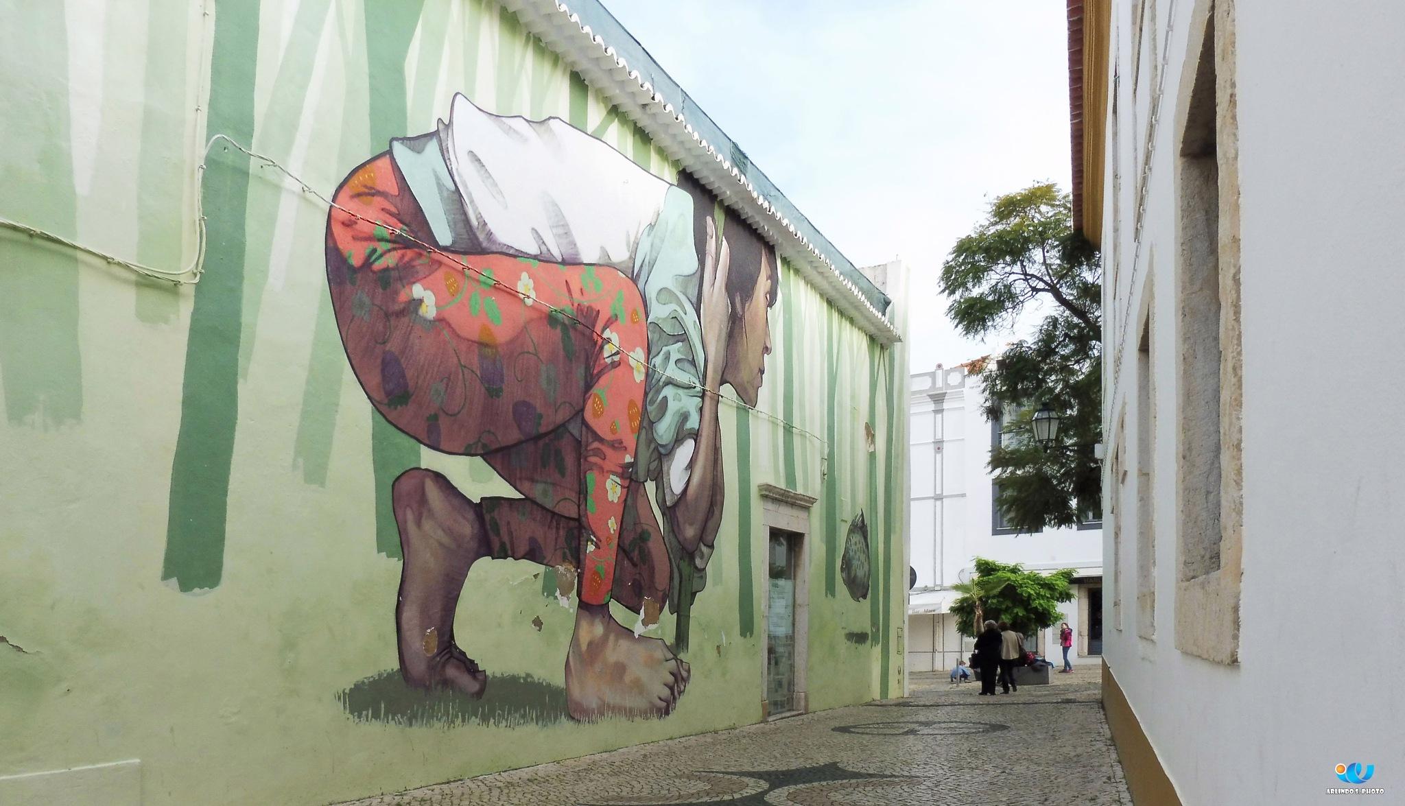 I catch you by Arlindo Serra Silva