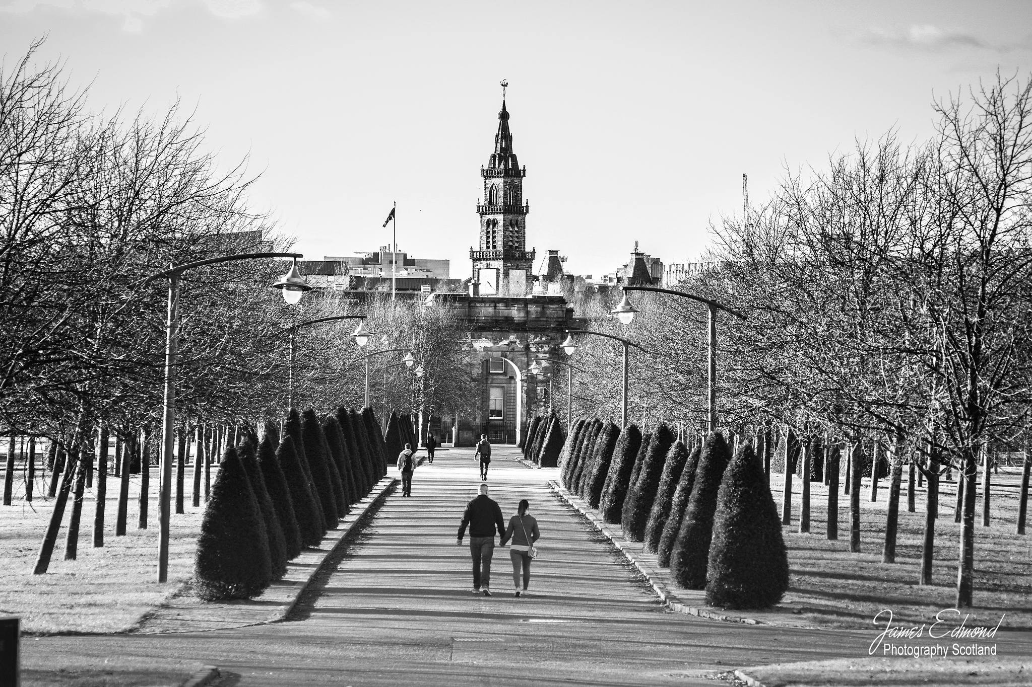 Glasgow Green approaching the Sheriff Court by James Edmond Photography