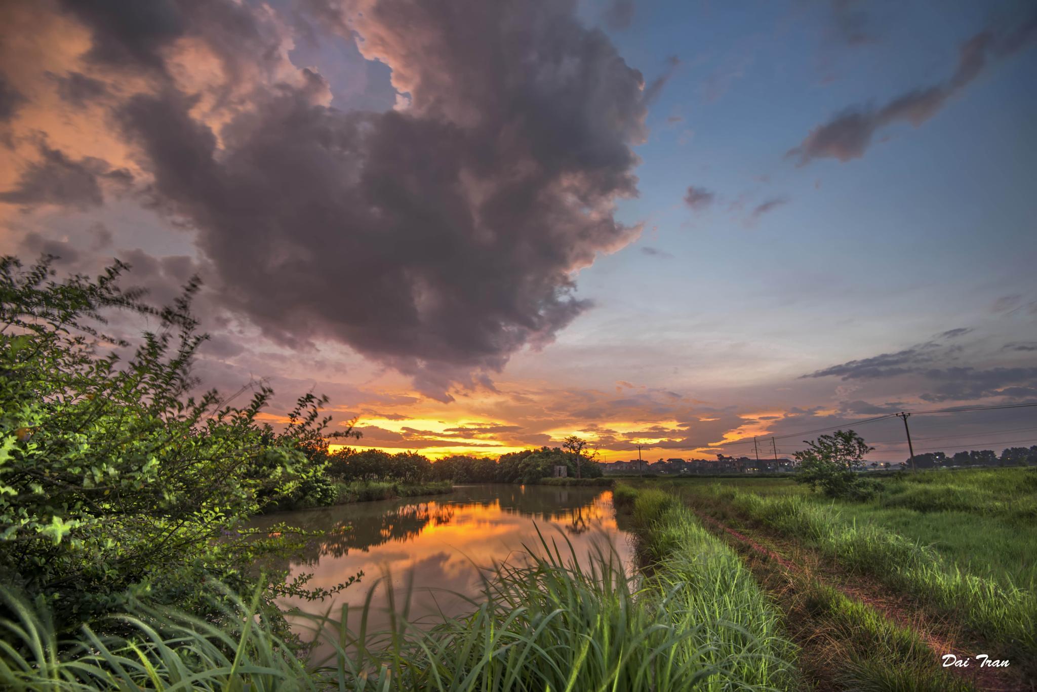 Sunset by Dai Tran
