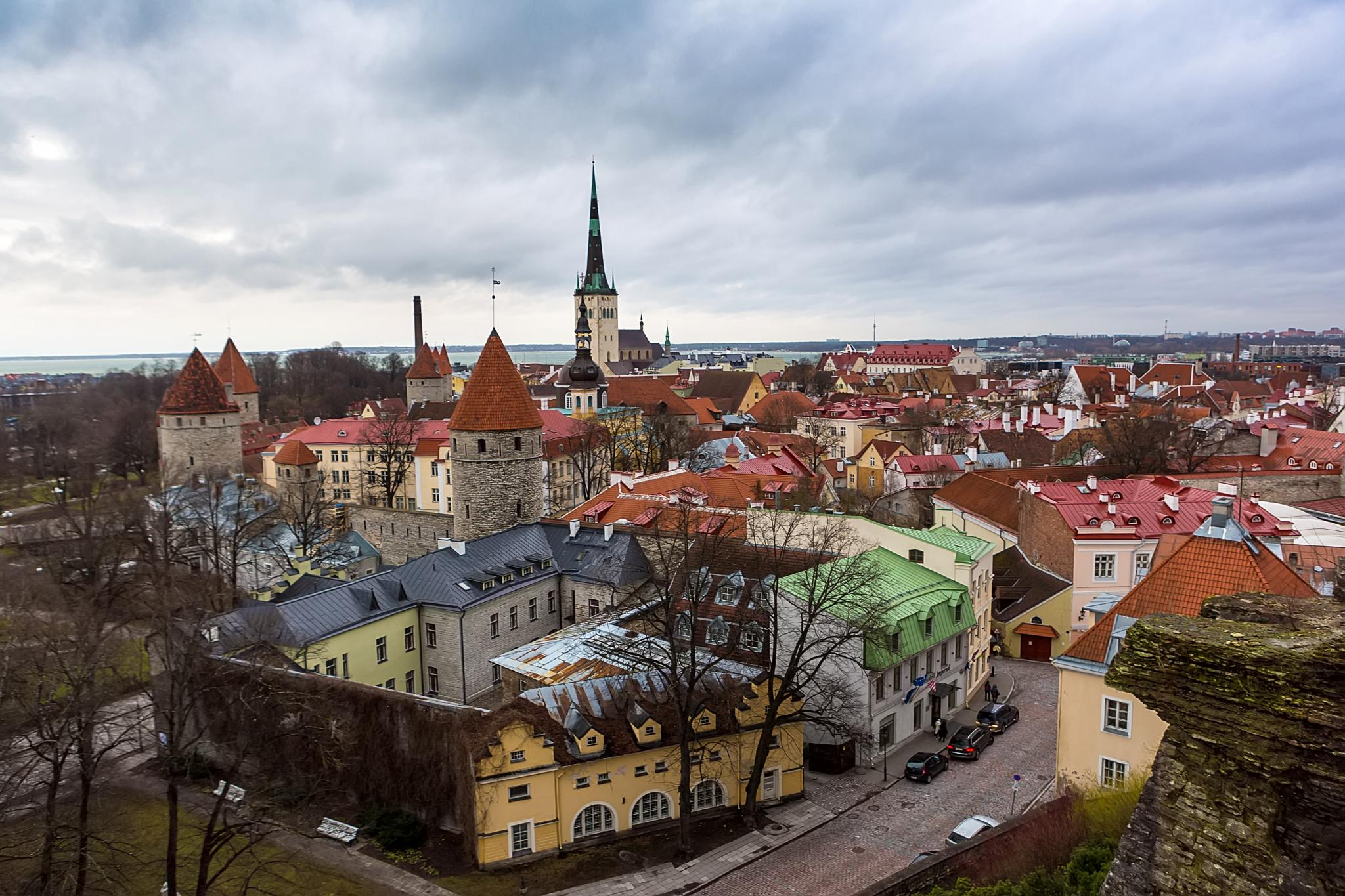 Tallinn, old city by antonburkhan