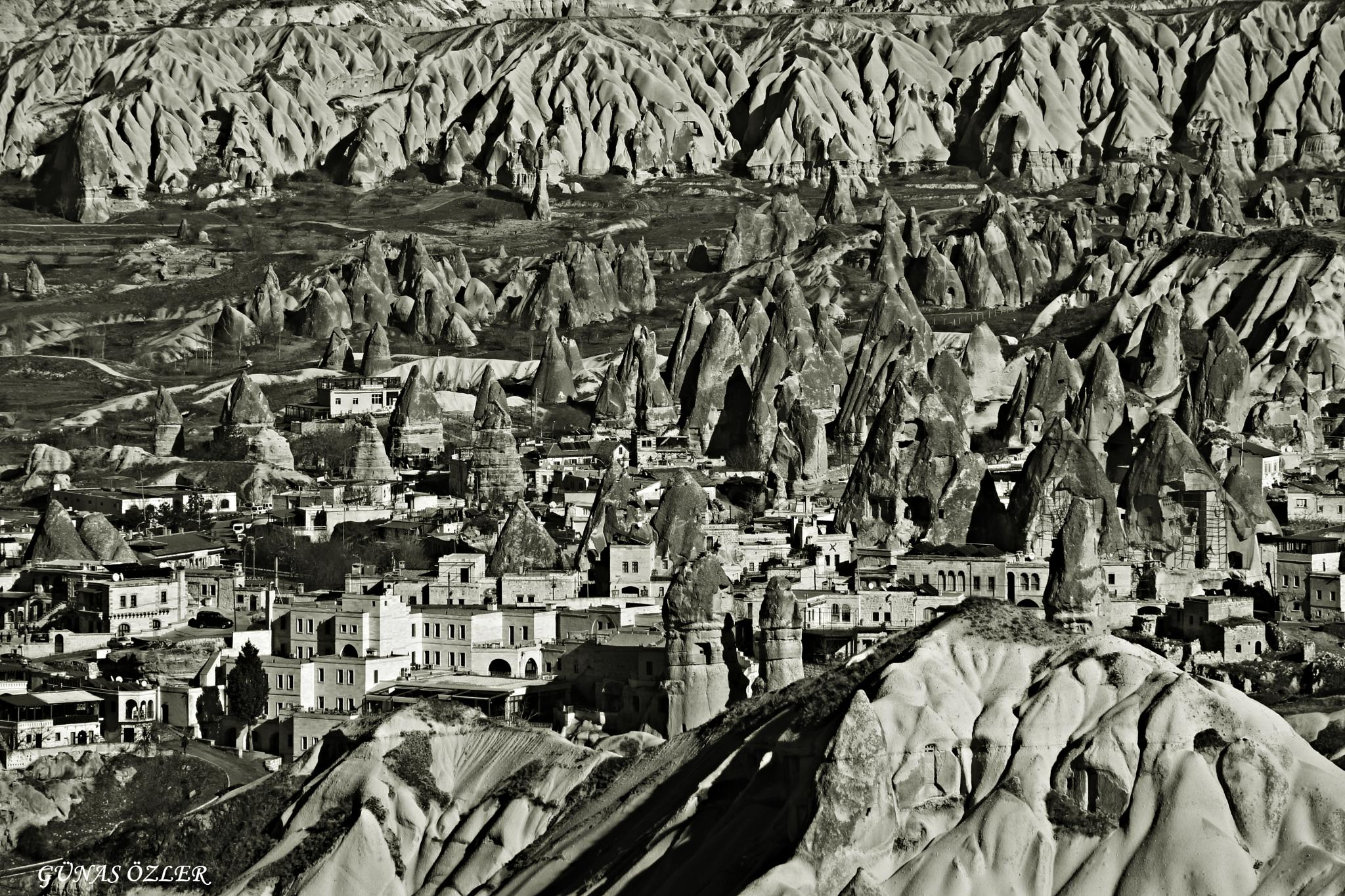 Cappadocia by Günas Özler