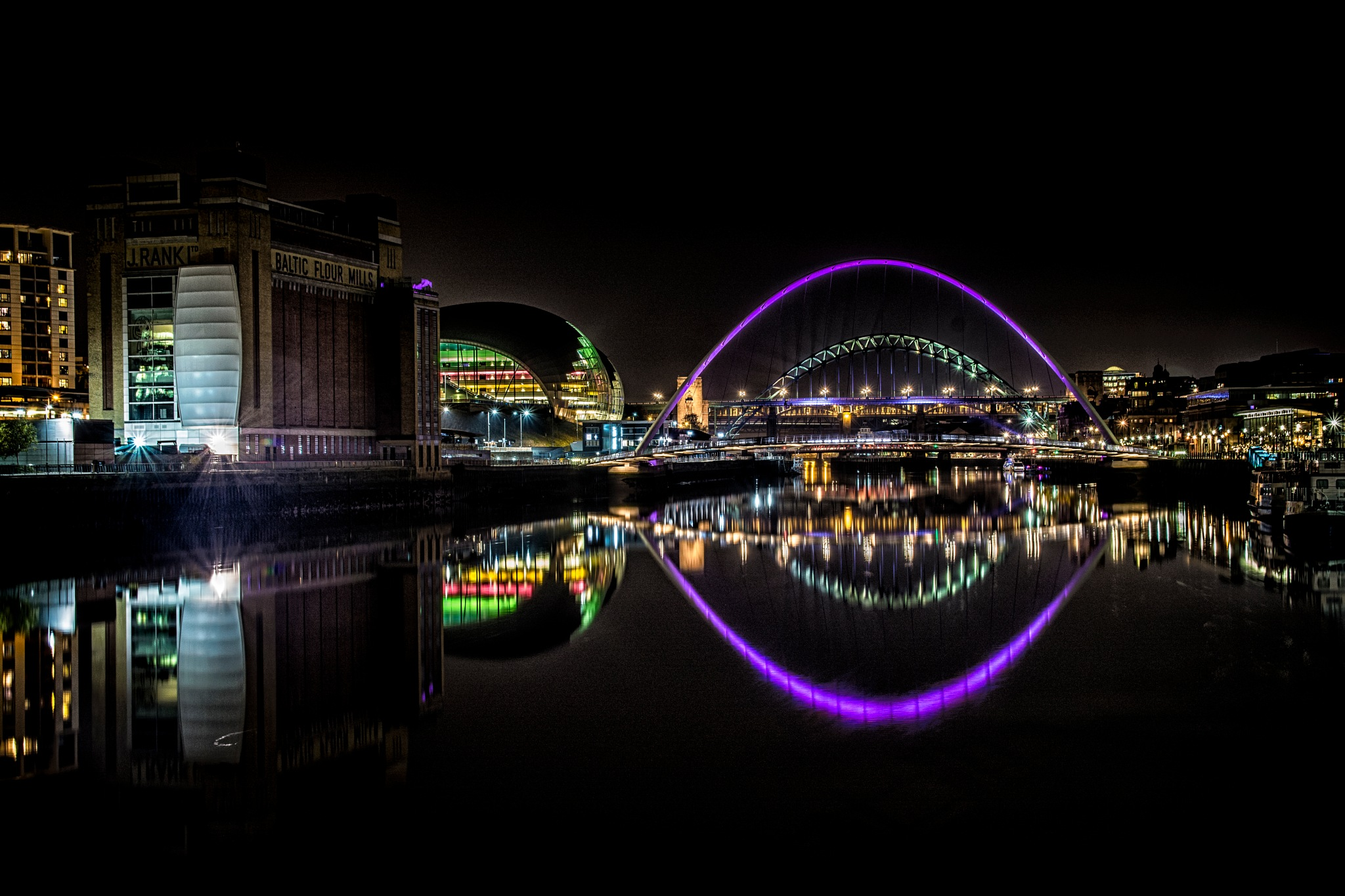 Evening Tyne by Ian Millar