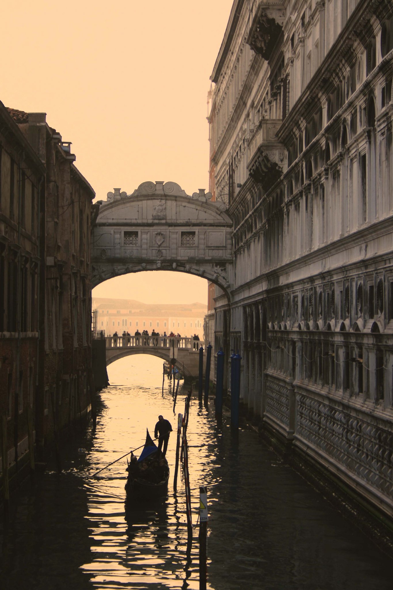 Bridge of sighs.  Venice. by billymcwilliams