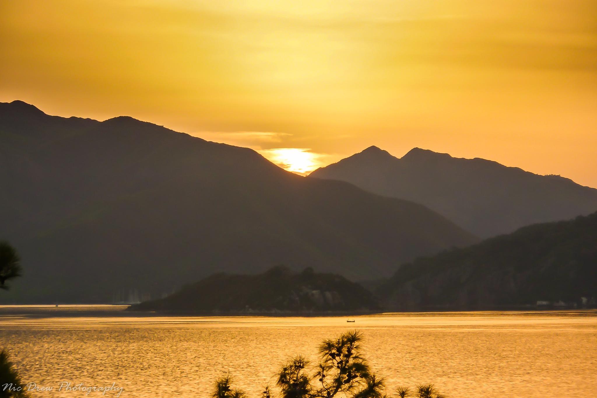 Sunrise by Nic Drew
