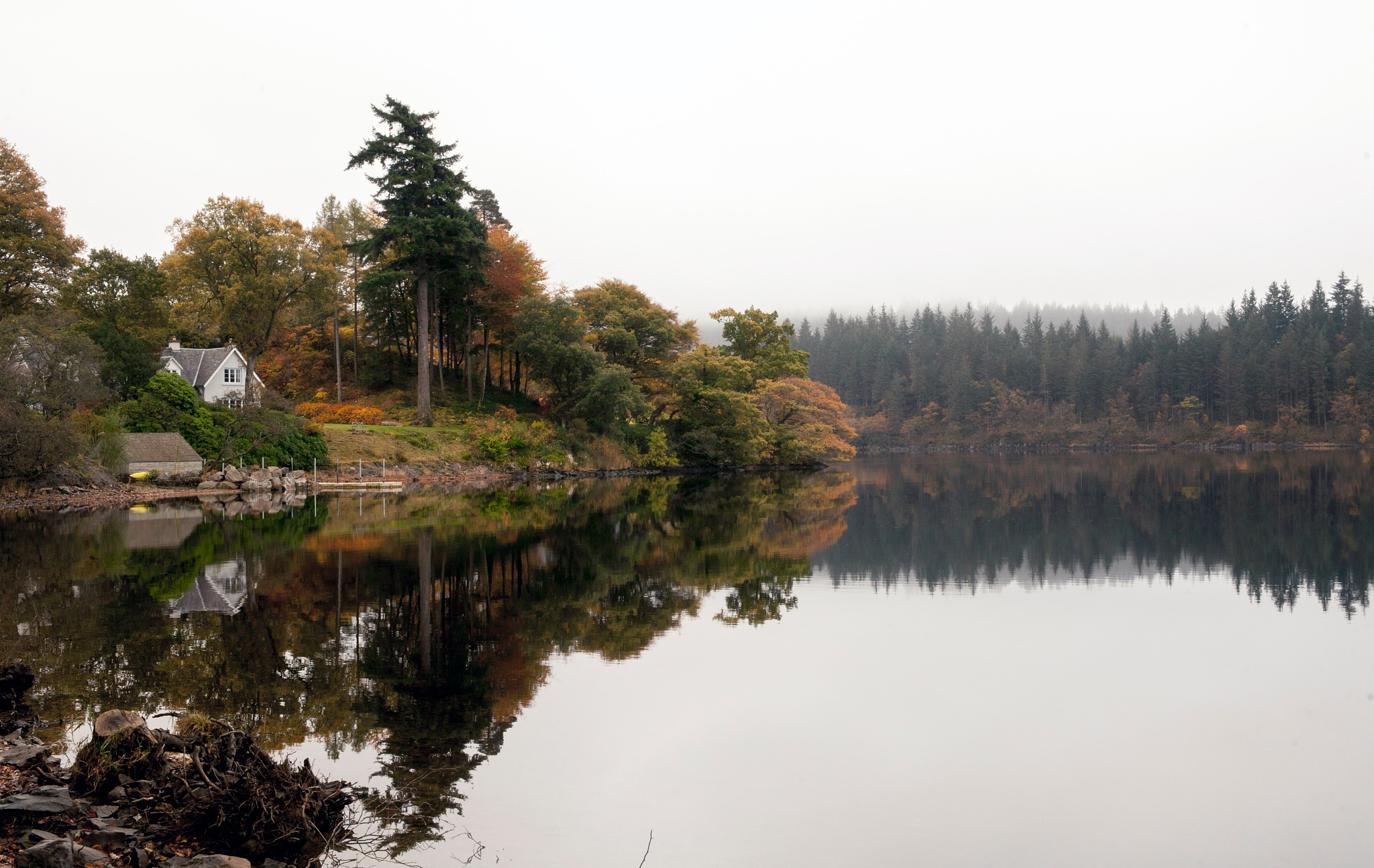 Autumn in Loch Ard by andymax93