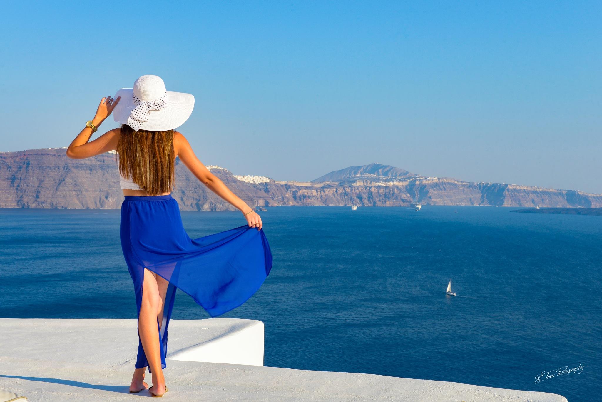 The beautiful Santorini by zivtaviv