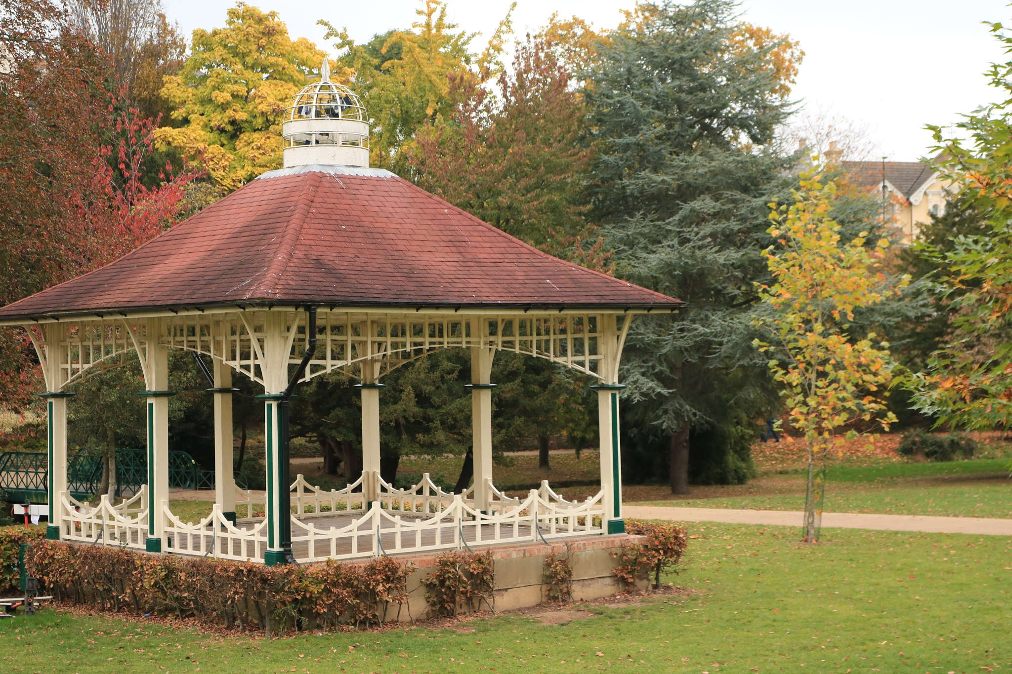 The bandstand in Alexandra Park by Mo Dessouki