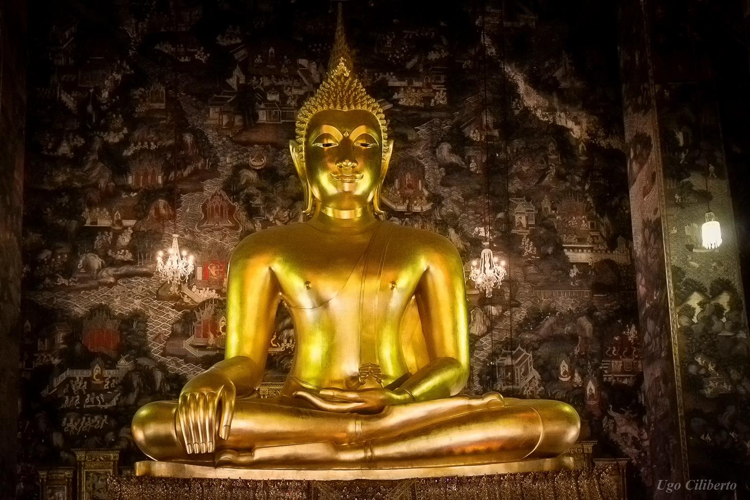 Bangkok - Buddha d'oro by ugo