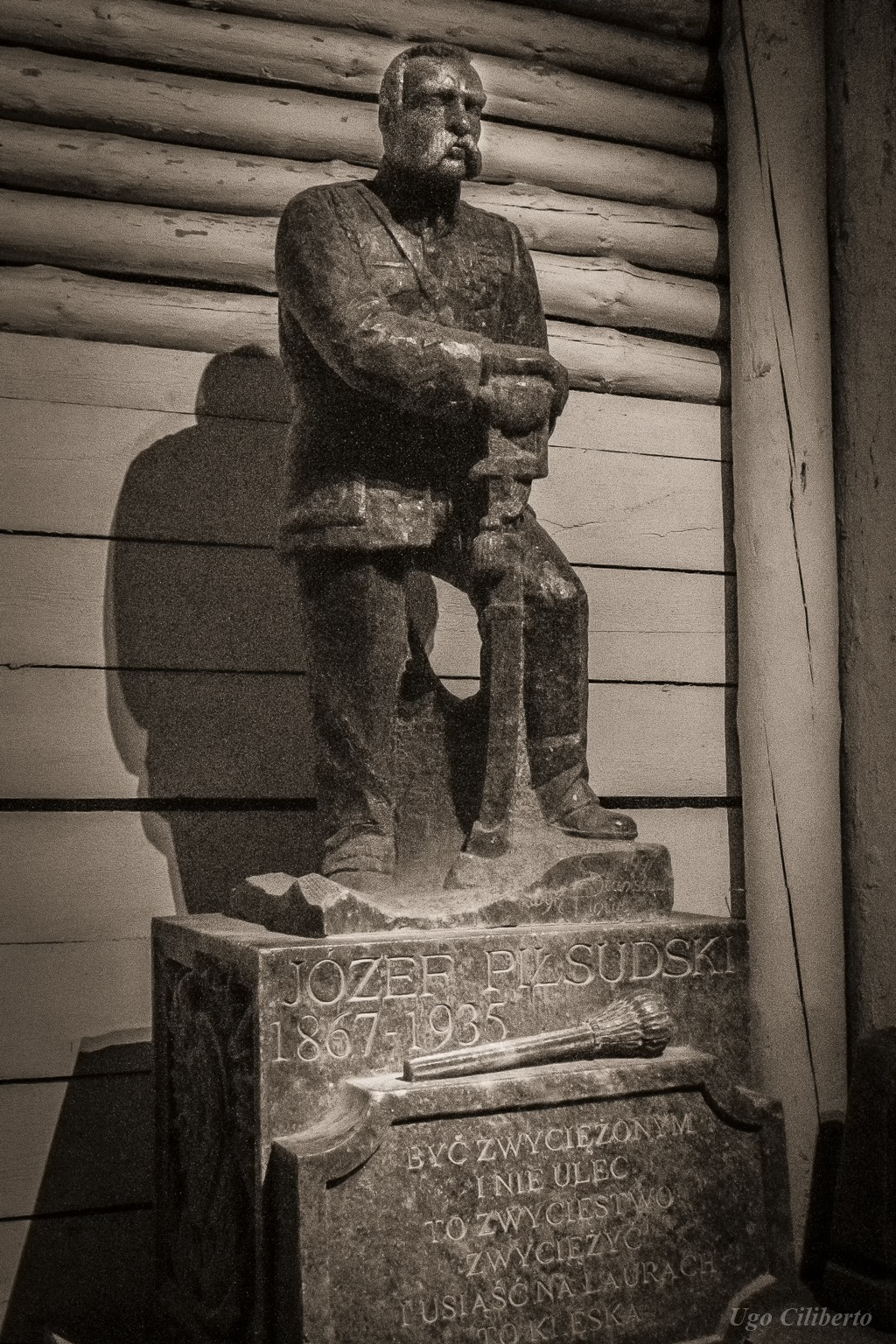 Cracovia - Miniere di Sale, statua del generale Jozef Pilsudski by ugo