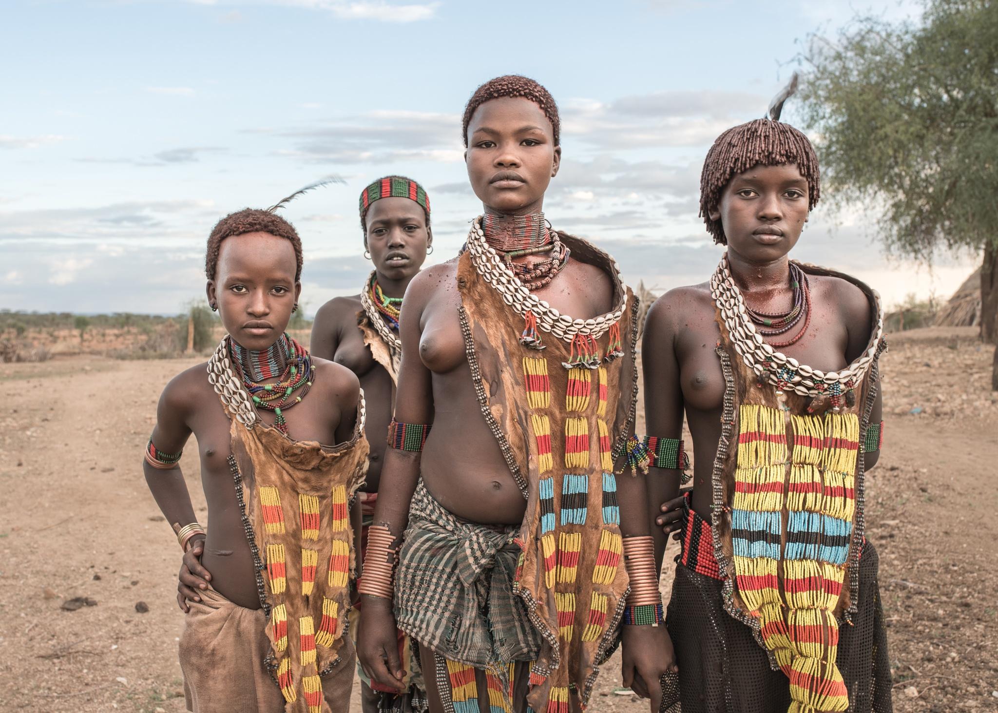tribe girls by Tomasz Solinski