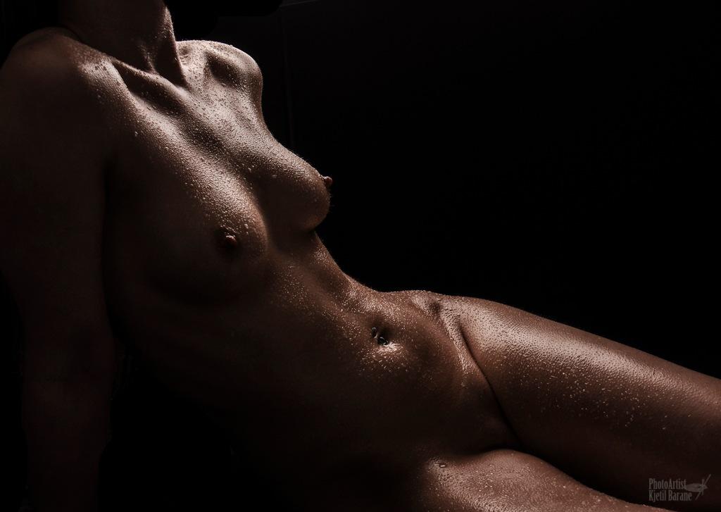 Wet body by Kjetil Barane