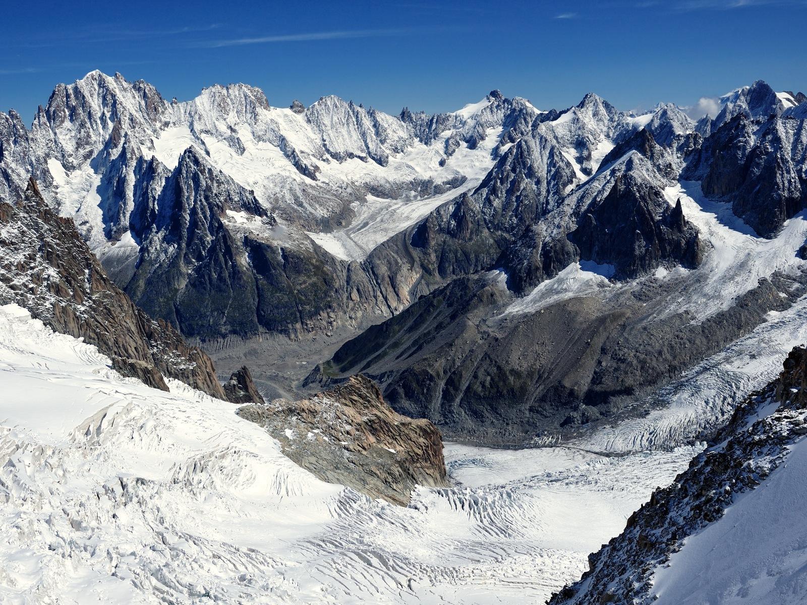 Glacier by tomek