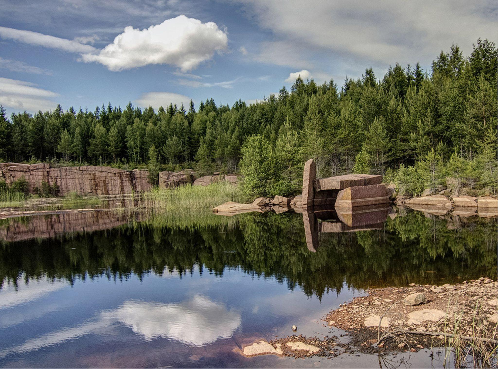 Granite from Askeryd Sweden by Elisabet Hellberg