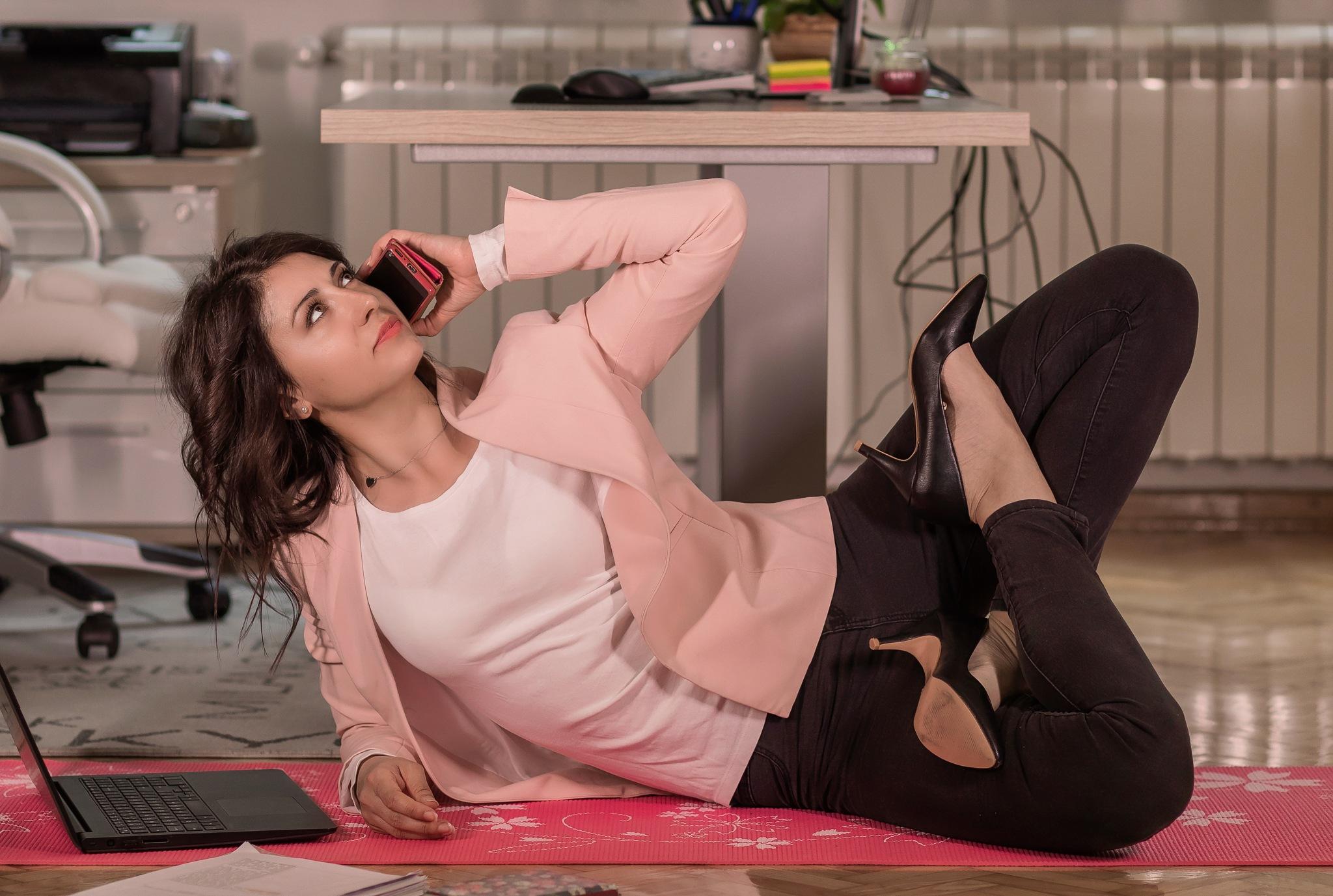 Office Yoga 2 by deya