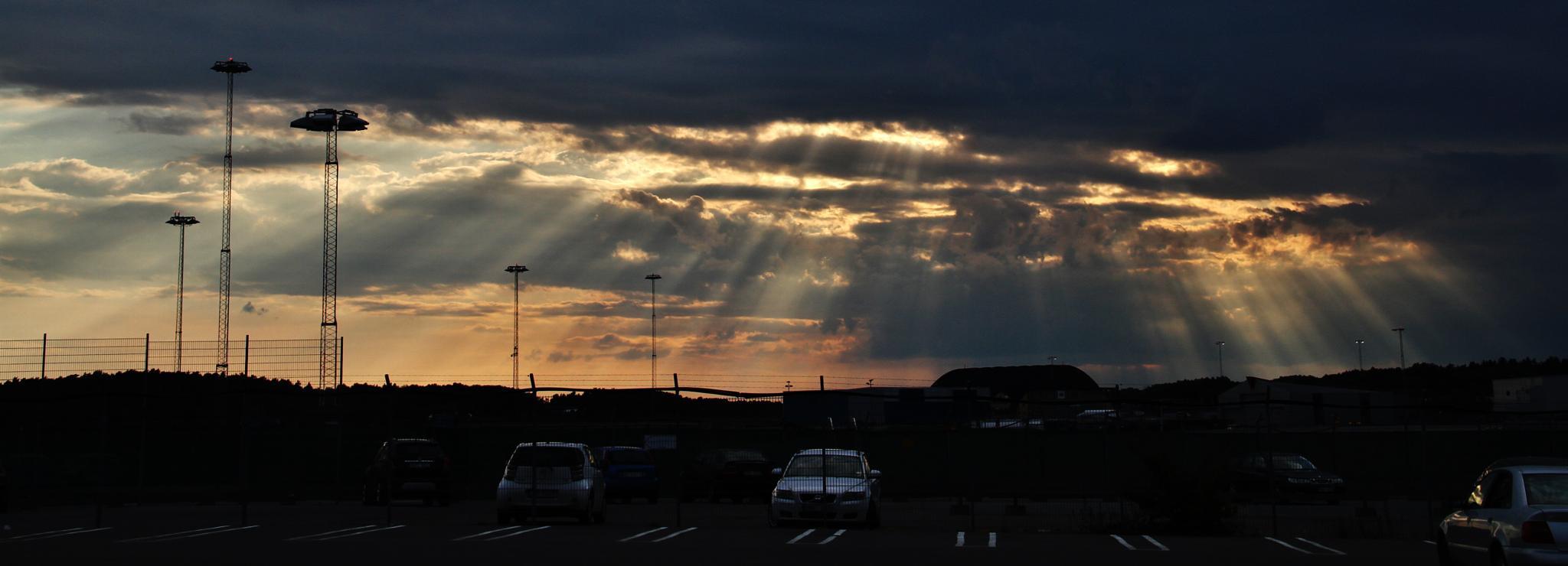 Sun thrue clouds... by Hans Andreas Alexander Müller
