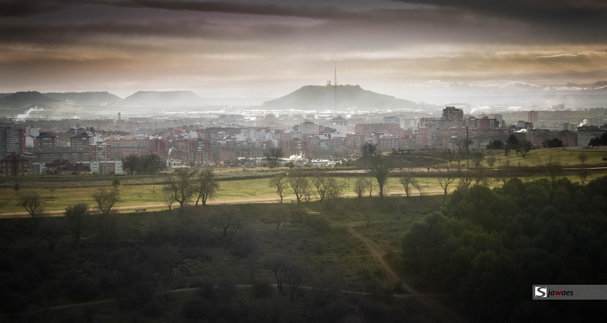 Amanecer entre Brumas en Castilla by Javier Sanz Perez