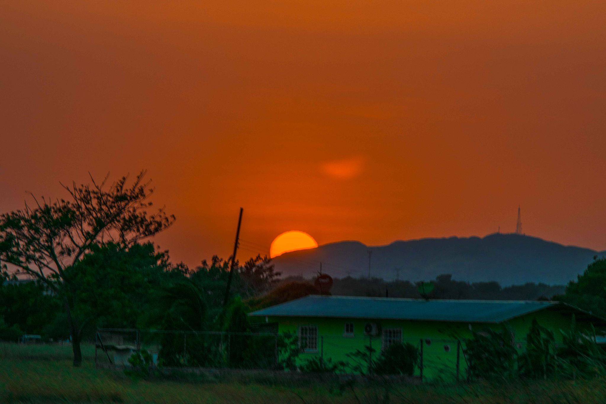 Sunset by Manuel Calderón Quintana.