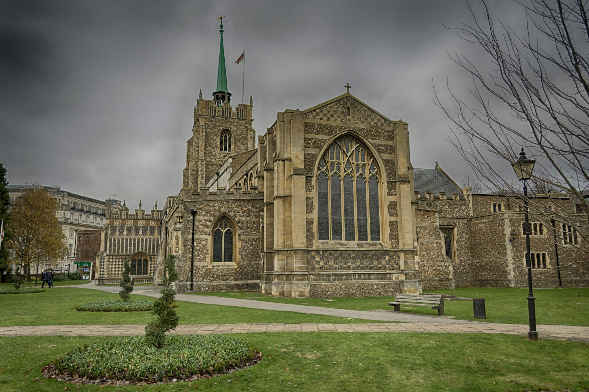 chelmsford cathedral  by Davelv