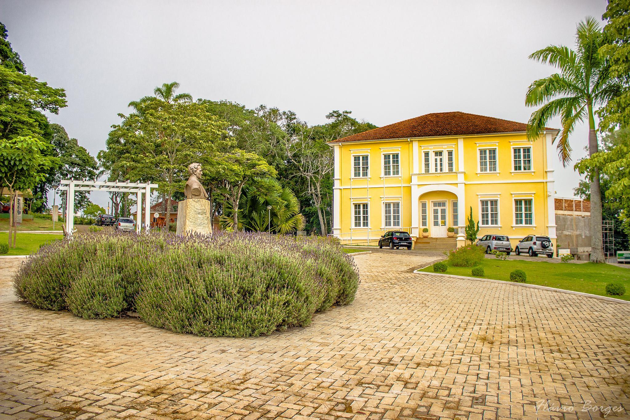 Museu Bi Moreira - Lavras by Flávio Borges