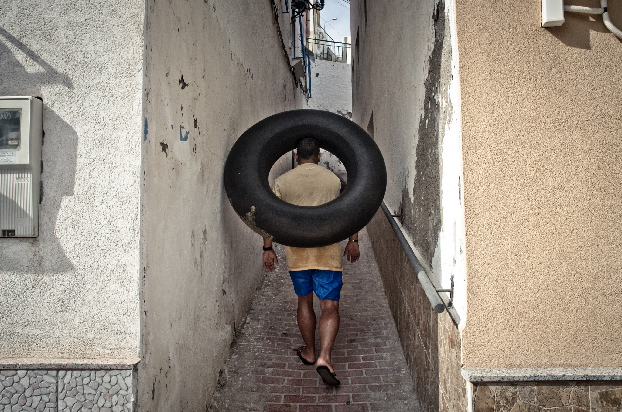 Sometimes I photograph street life by nykowskispaceruje