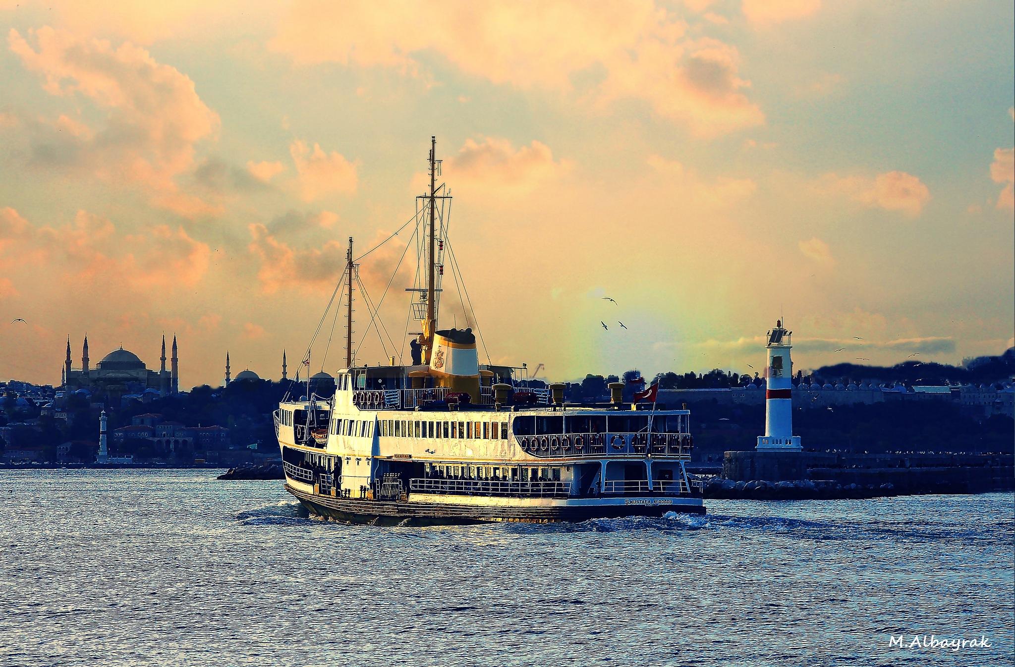 istanbul... by Mehmet Albayrak