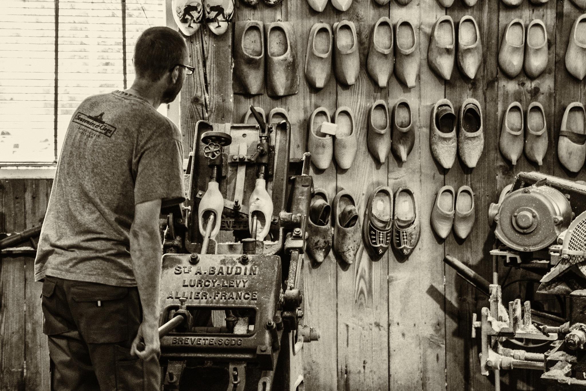 Clog maker by ernestovdp