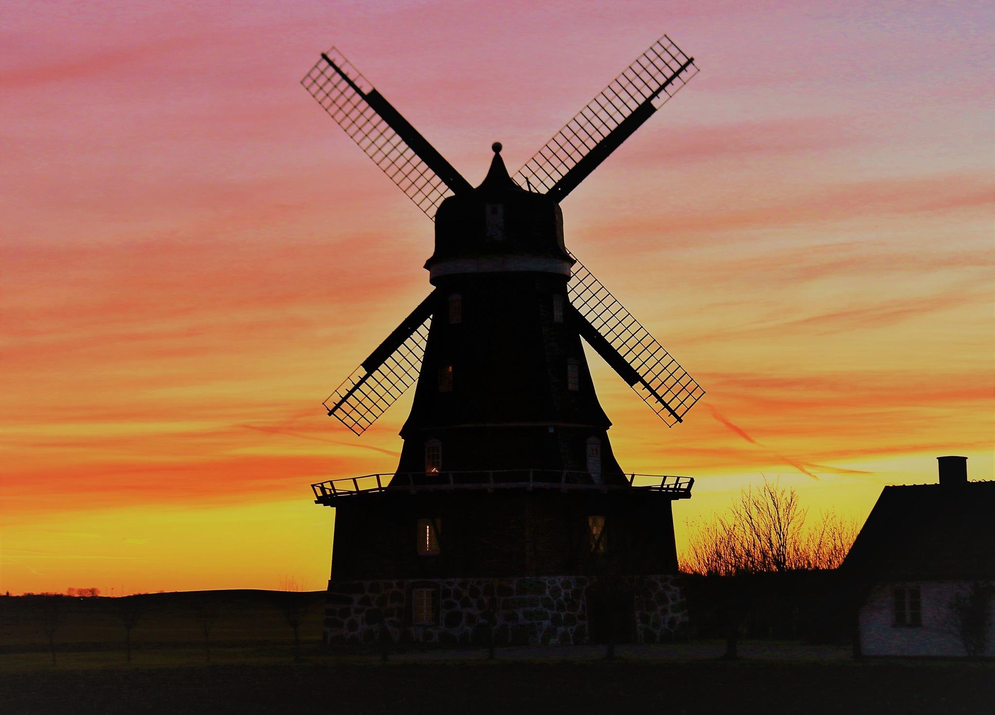 Windmill in Krageholm. by KerstinP.