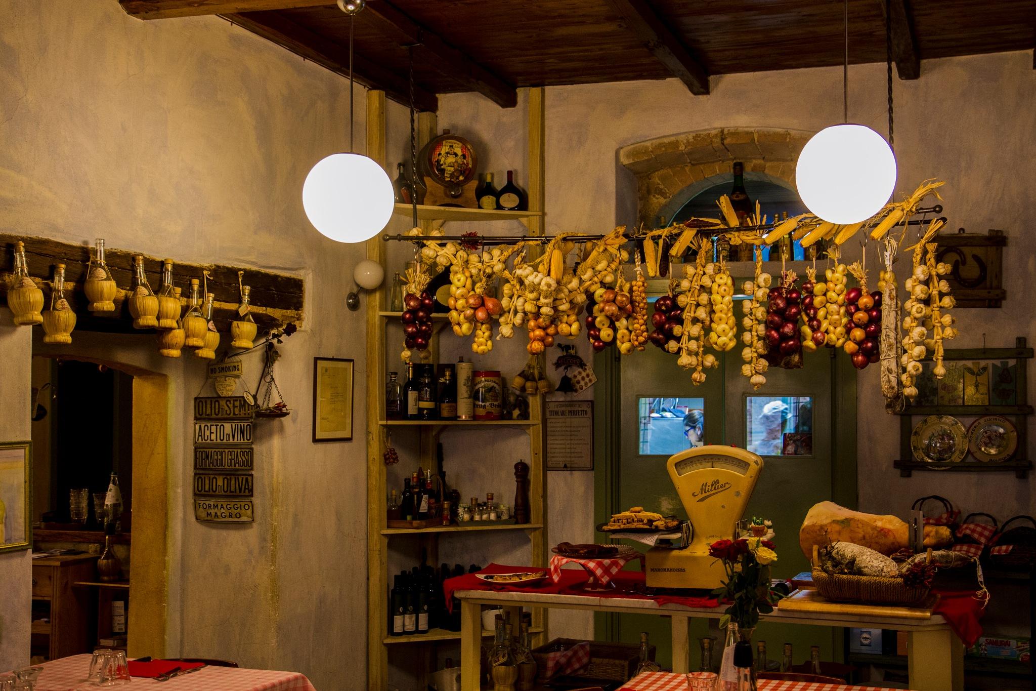 What a nice restaurant......!! by Giovanni Battagliola