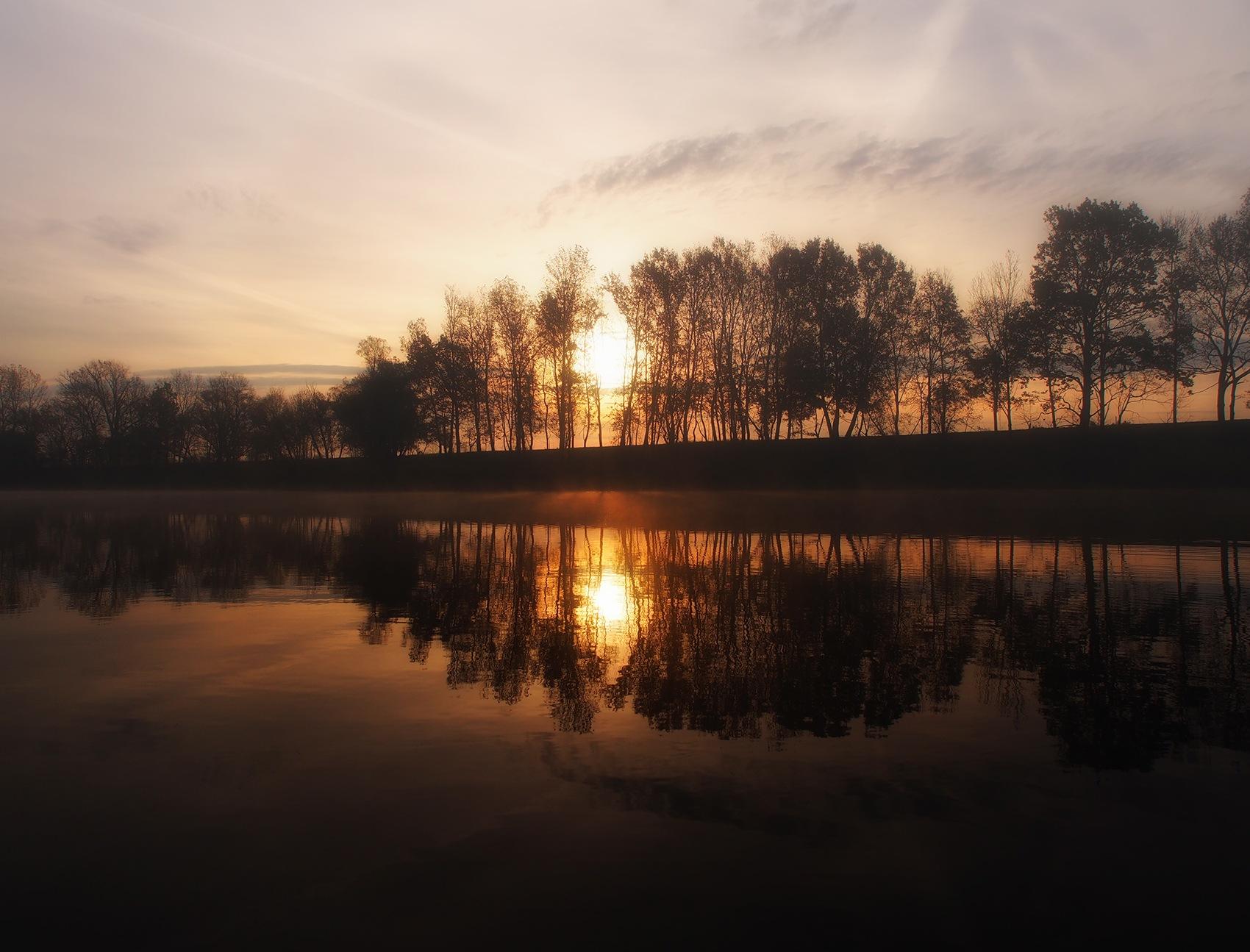 Sunrise by zoki
