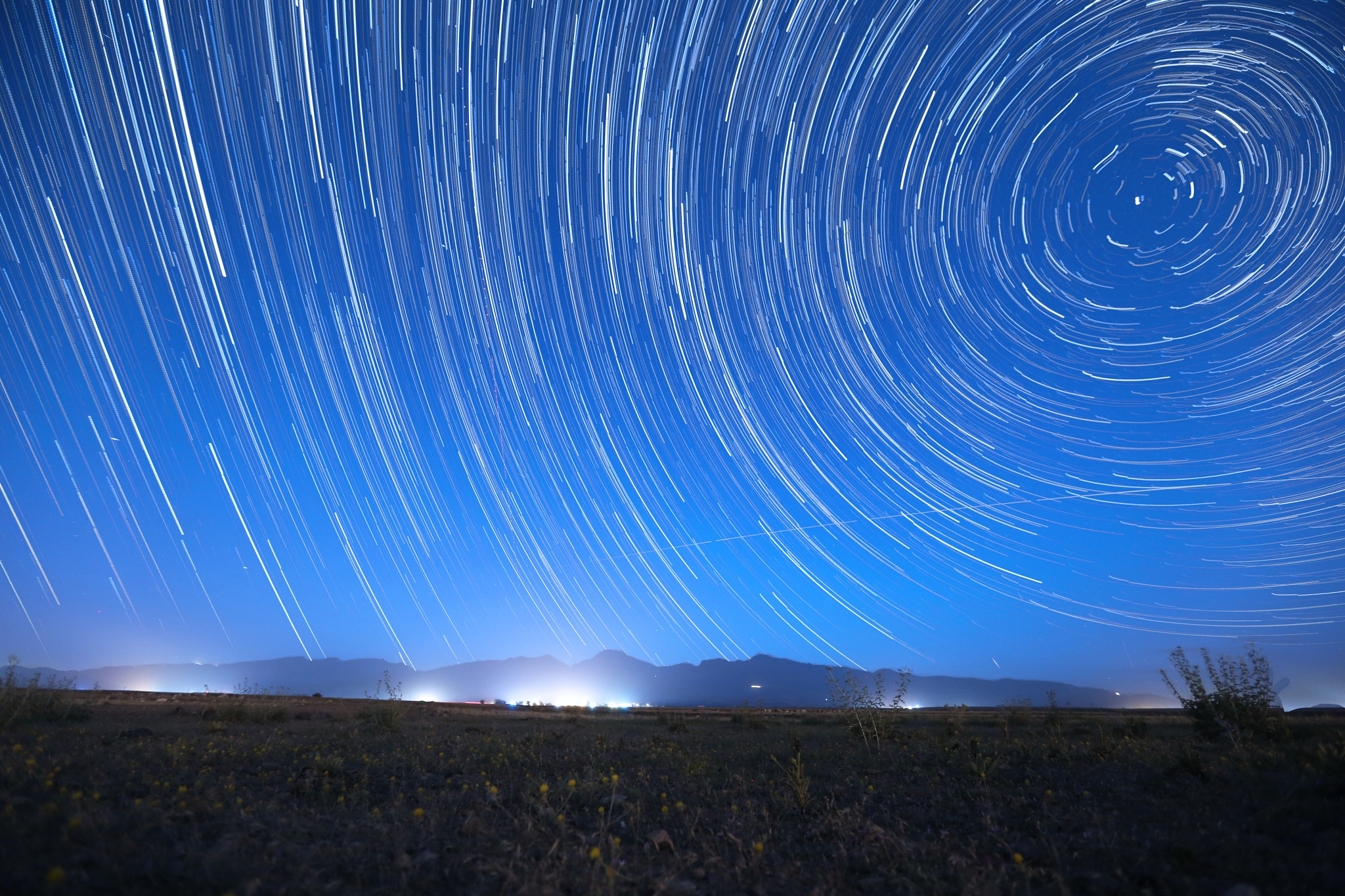star trails by saeid parchini