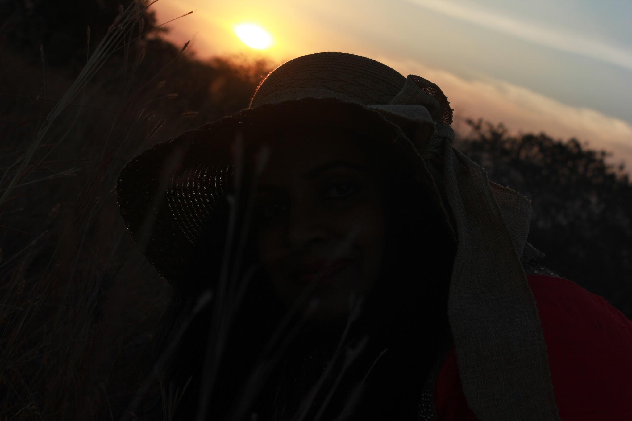 Beauty at dusk!! by Surekha Pillai