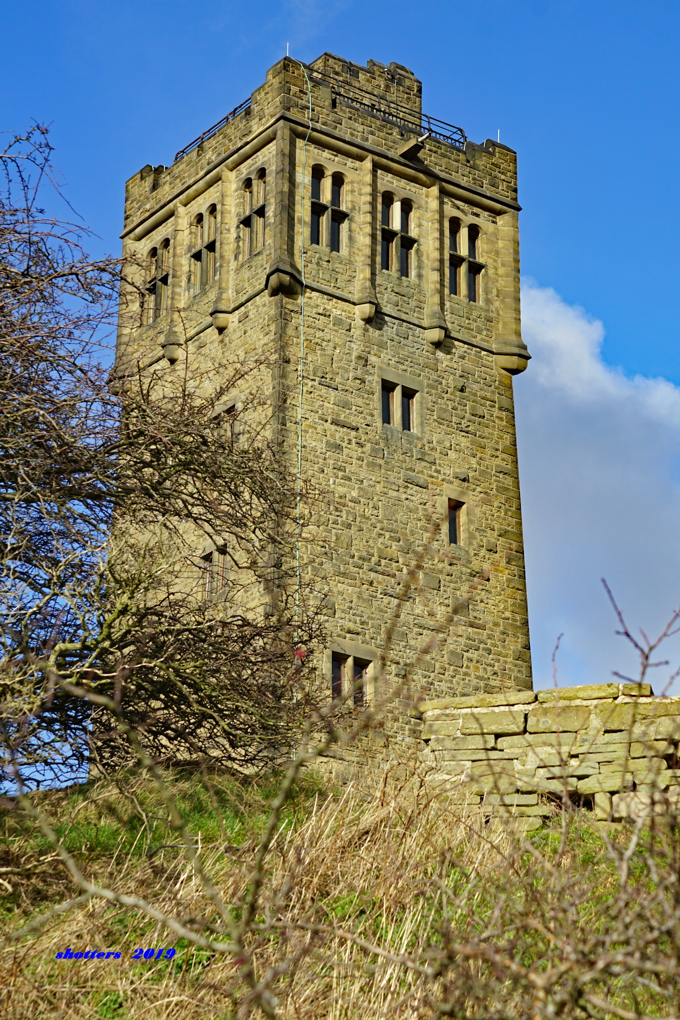 VICTORIA TOWER  by shotters