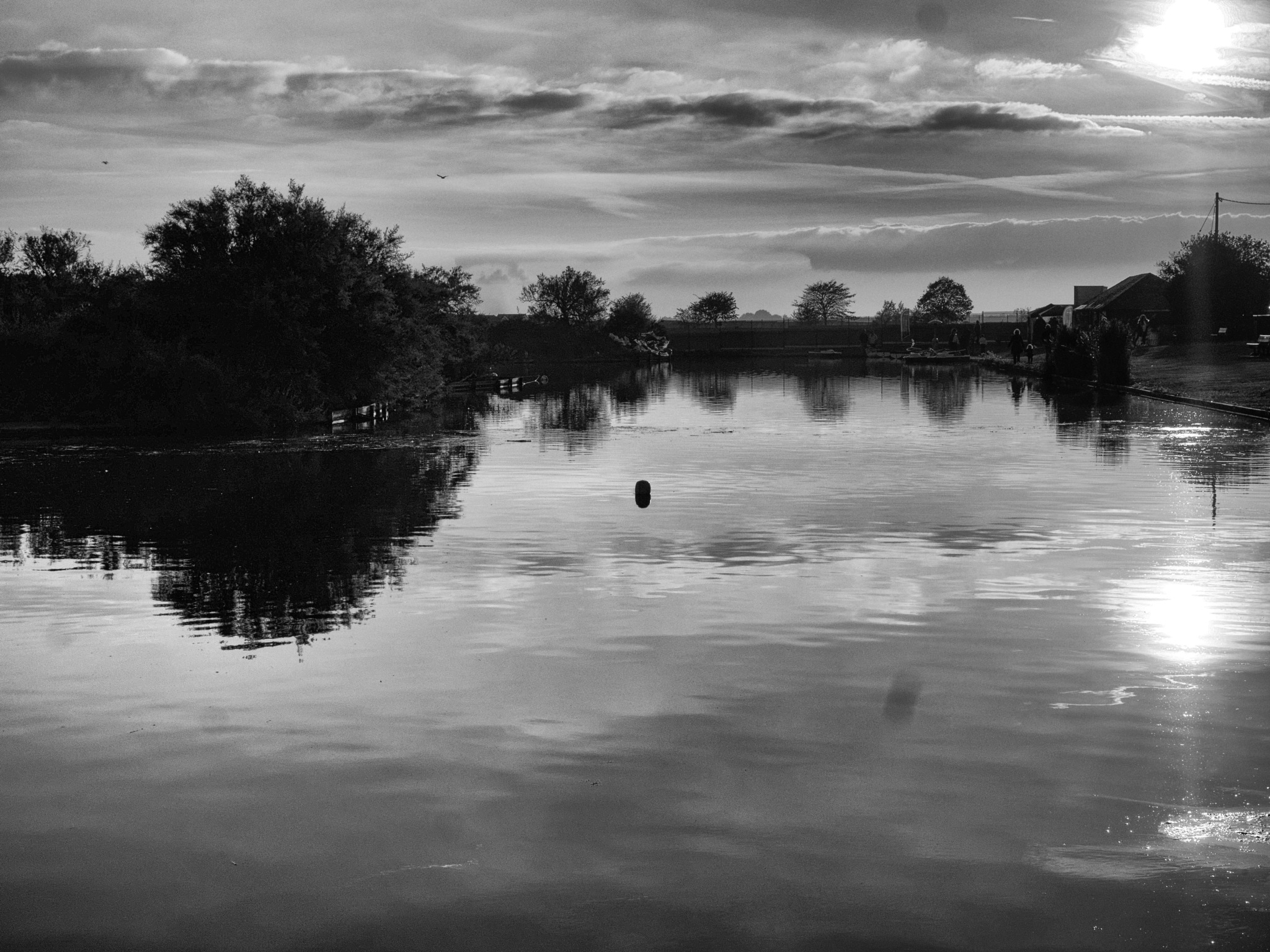 boating lake by Richard Hearing