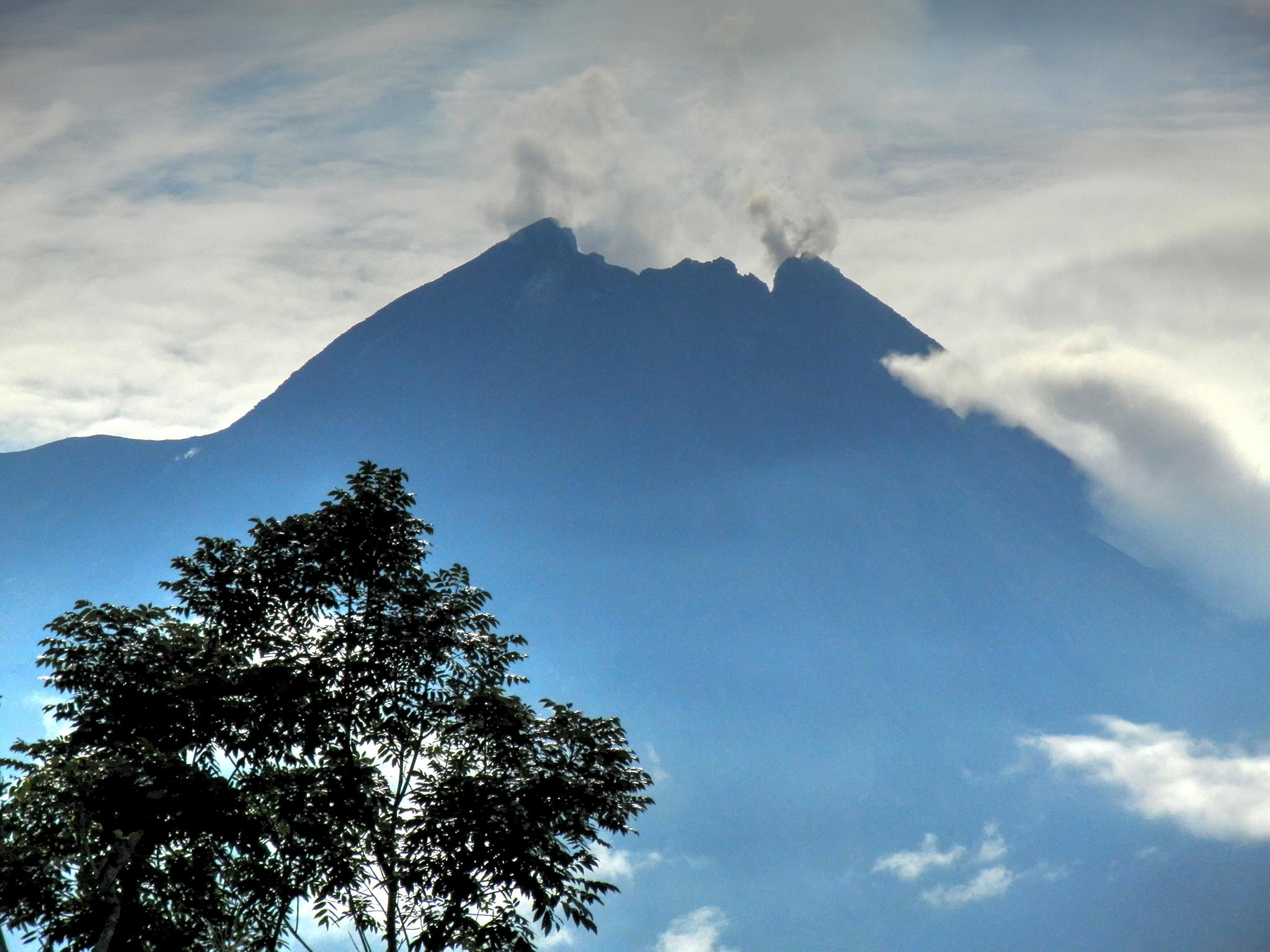 mt merapi from gantang village by Tonny Haryanto