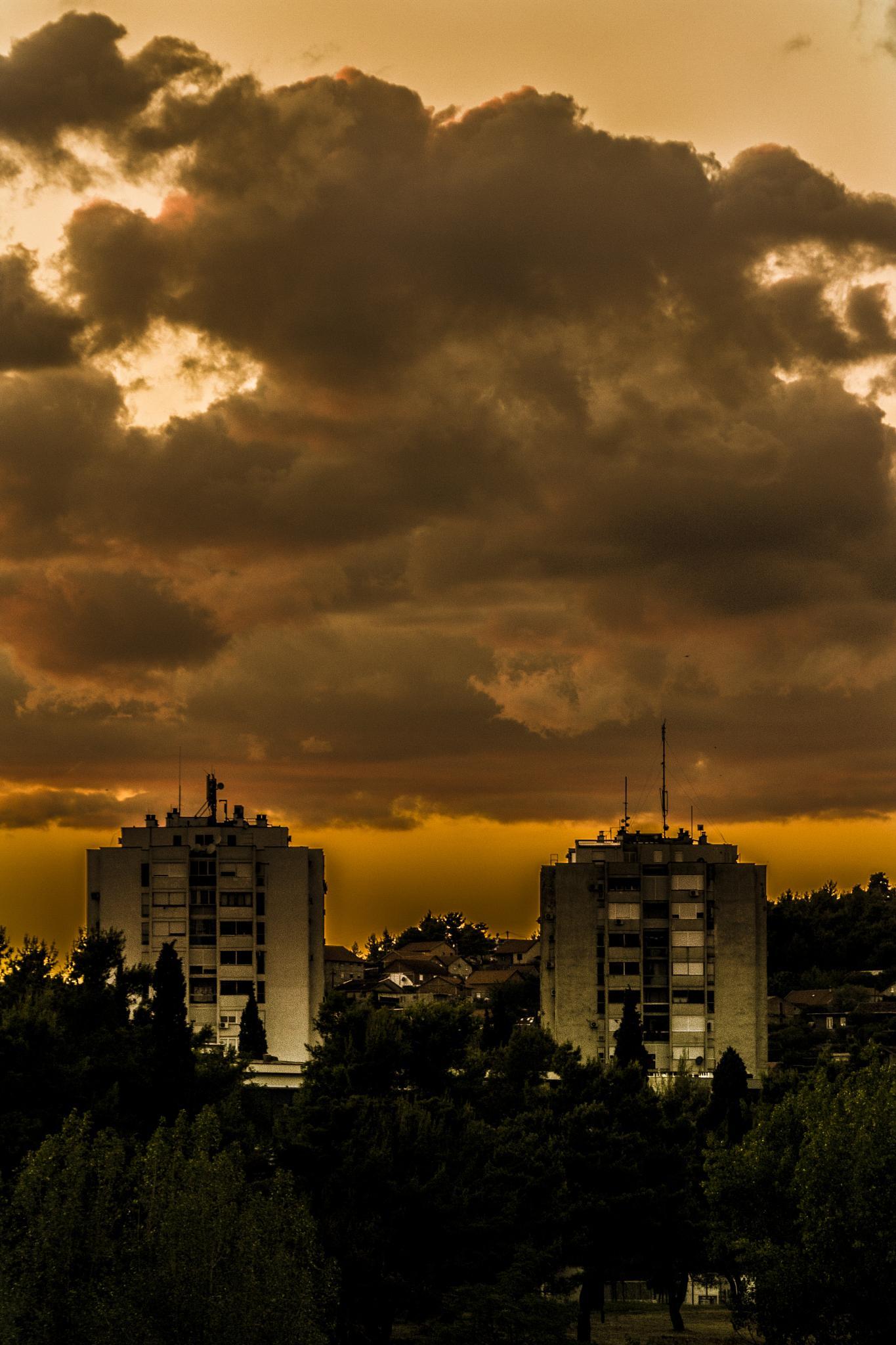 A bit of a sunset by Jovana & Đorđe Photography