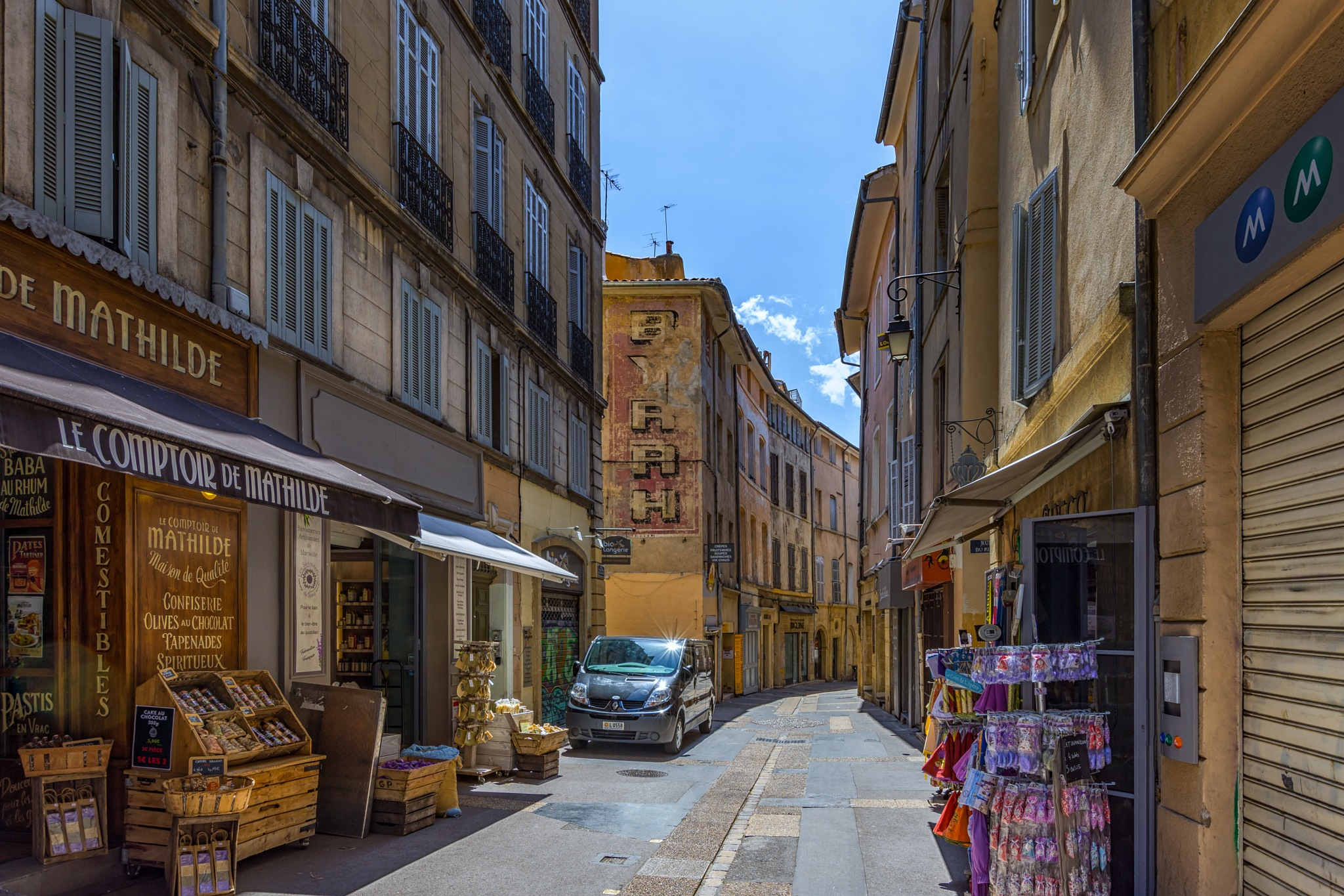 Streets of Aix-en-Provence by Awende
