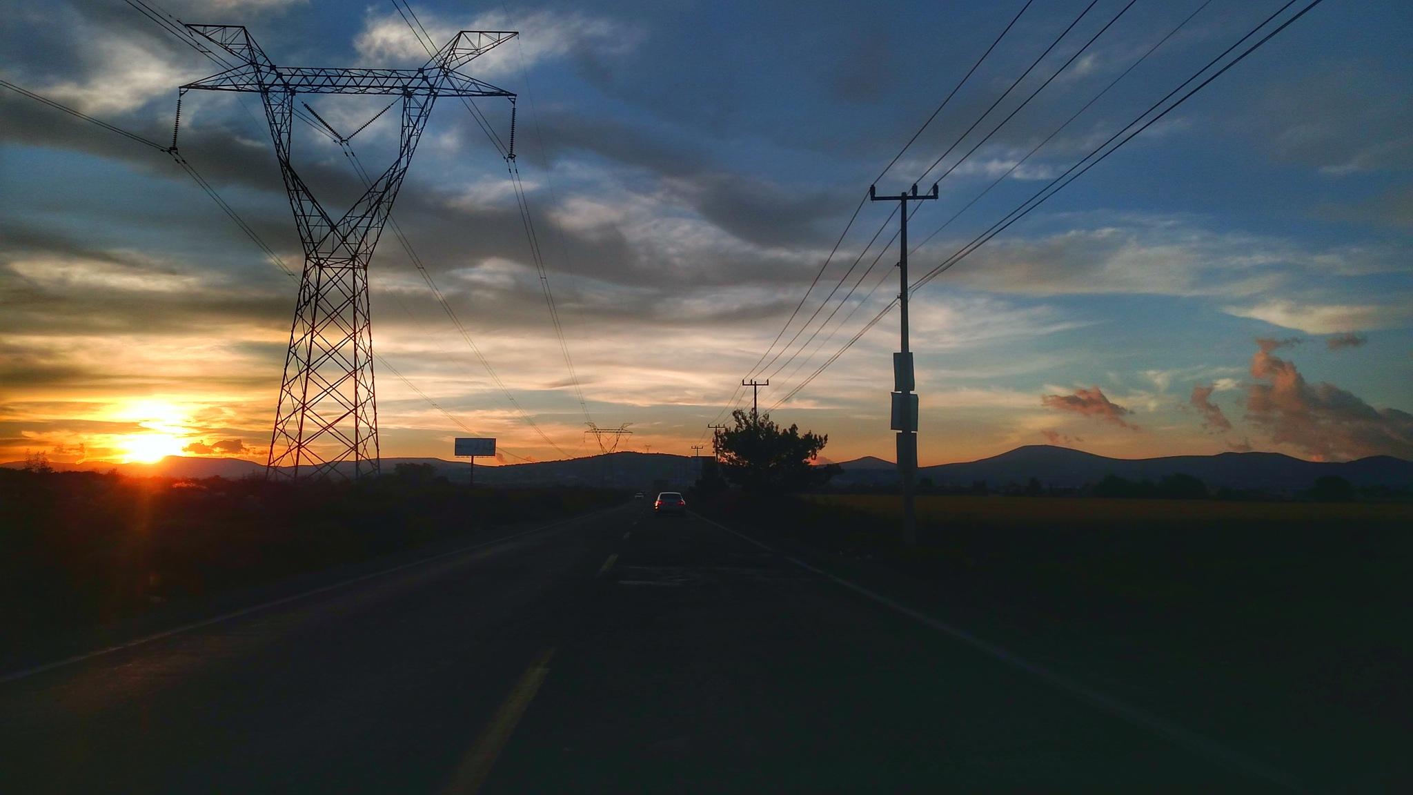 traveling... by Xoiahu Zurc