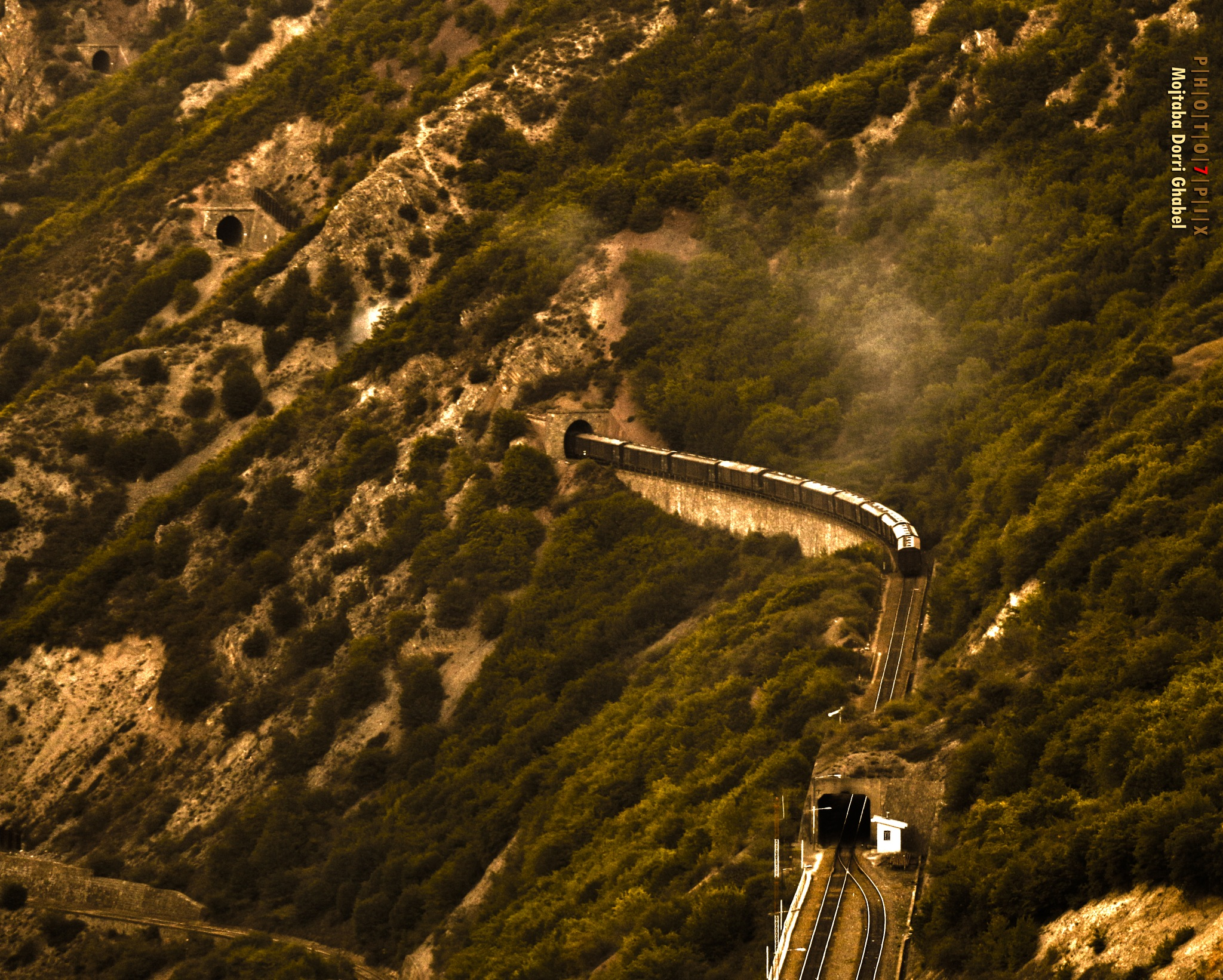 train  by mojtabadorri